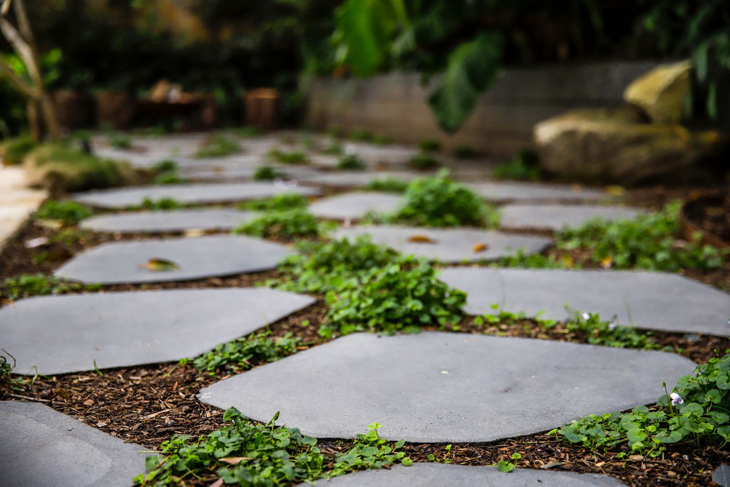 Blog In-article-images 9-ideas-for-garden-pathways