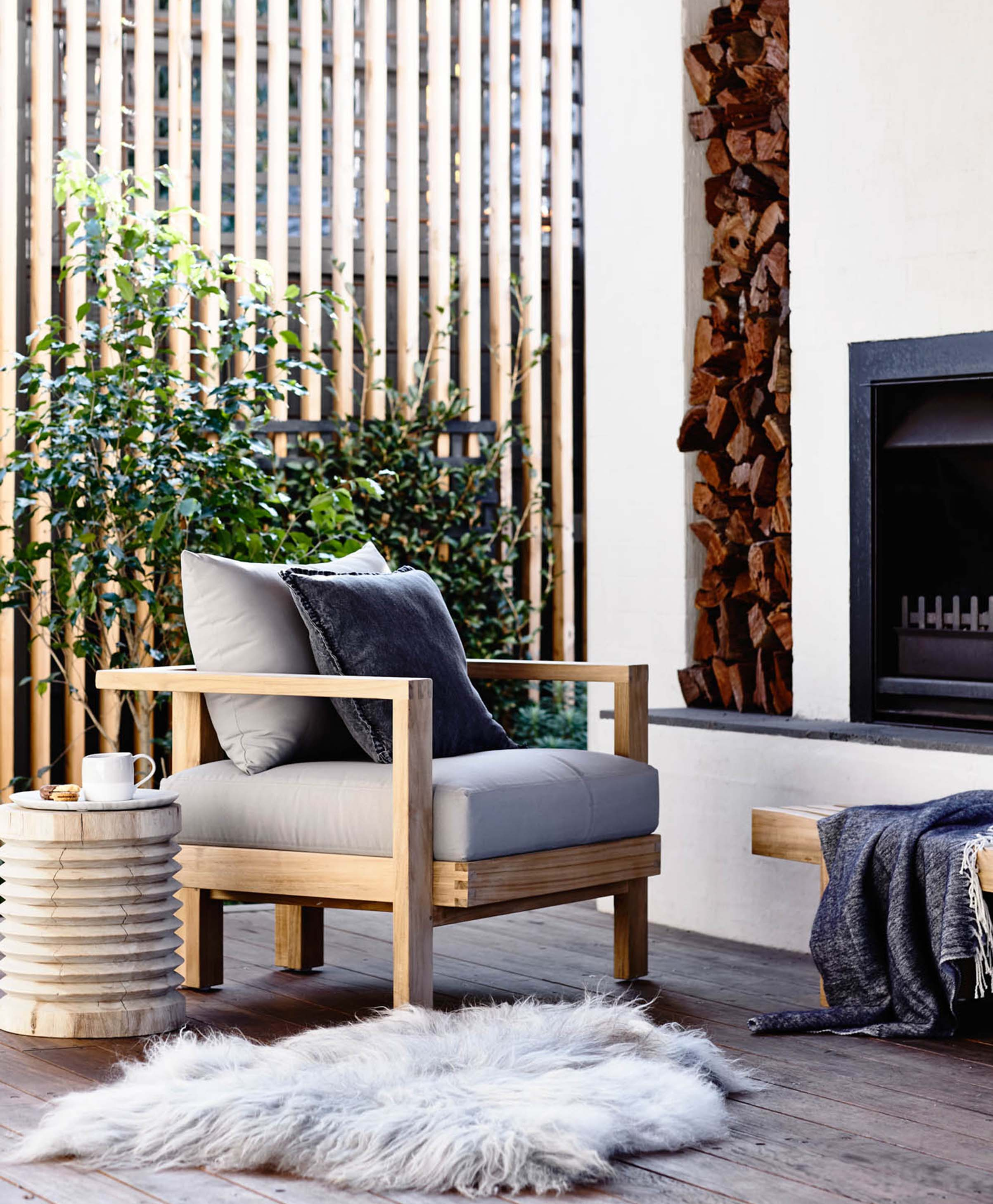Blog In-article-images benefits-of-teak-furniture-and-care-tips-04