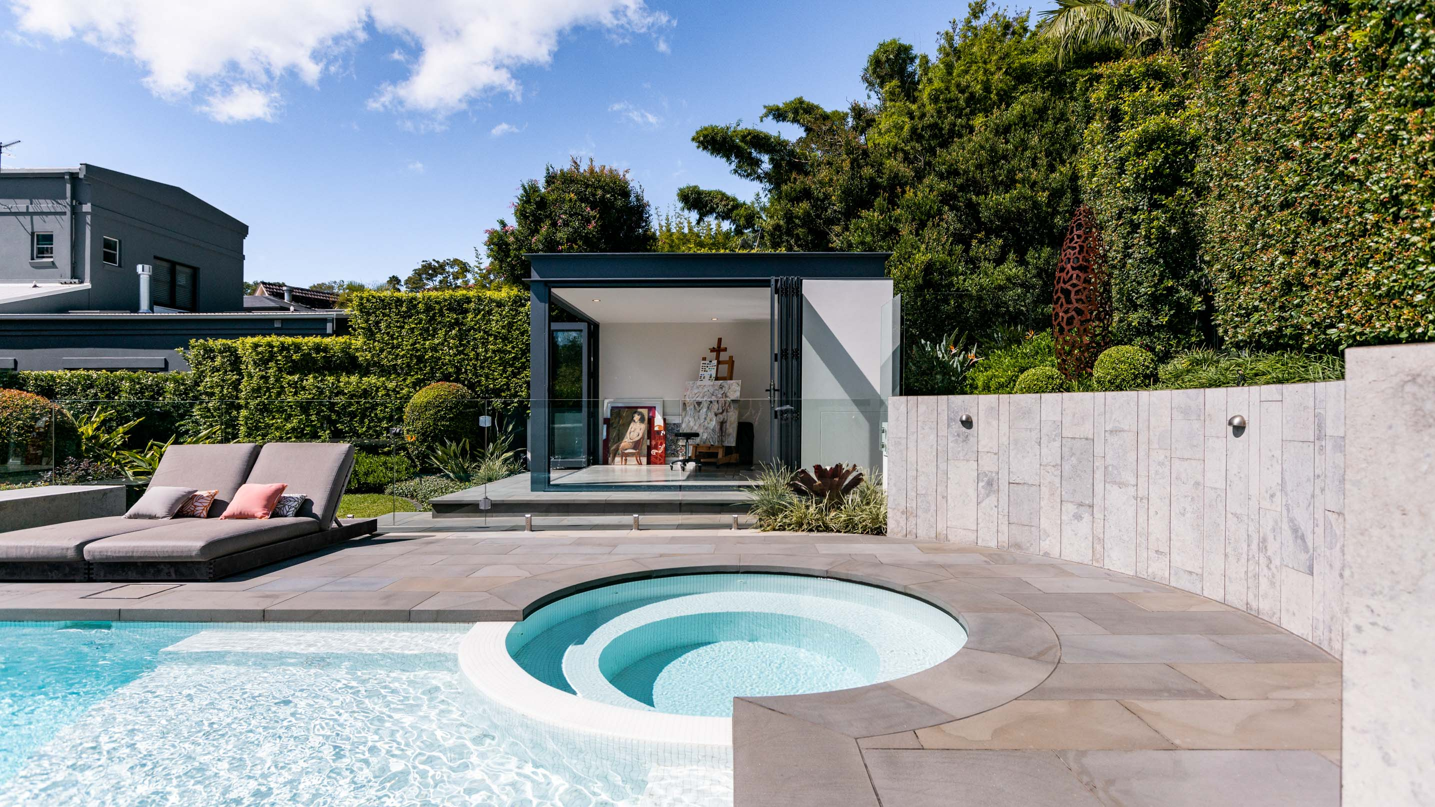 Blog hero-article-images 5-ways-enhance-design-of-your-pool