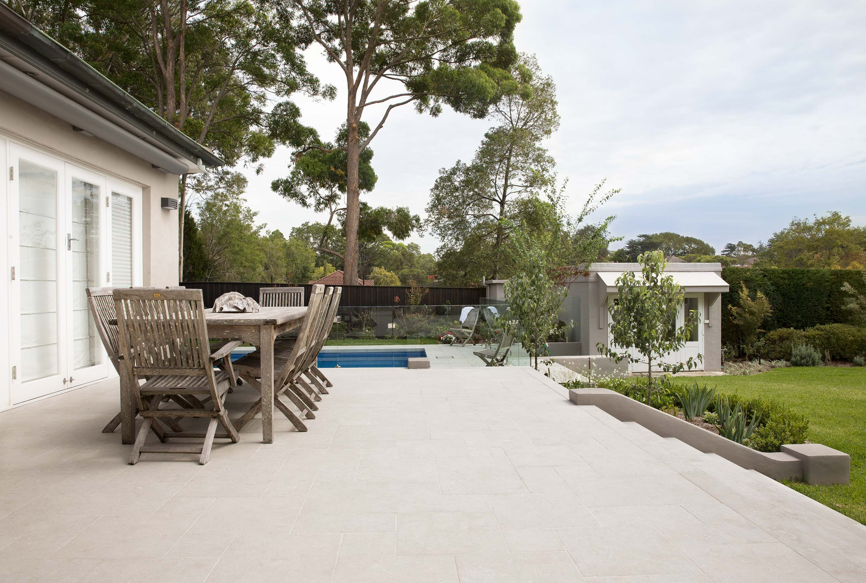 Blog hero-article-images how-to-use-limestone-as-a-building-material