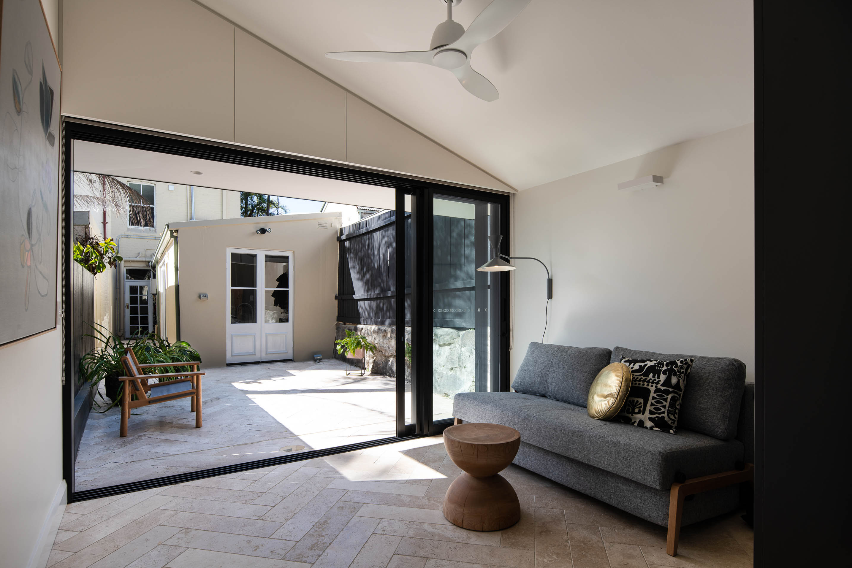 Blog hero-article-images indoors-to-outdoors-and-back