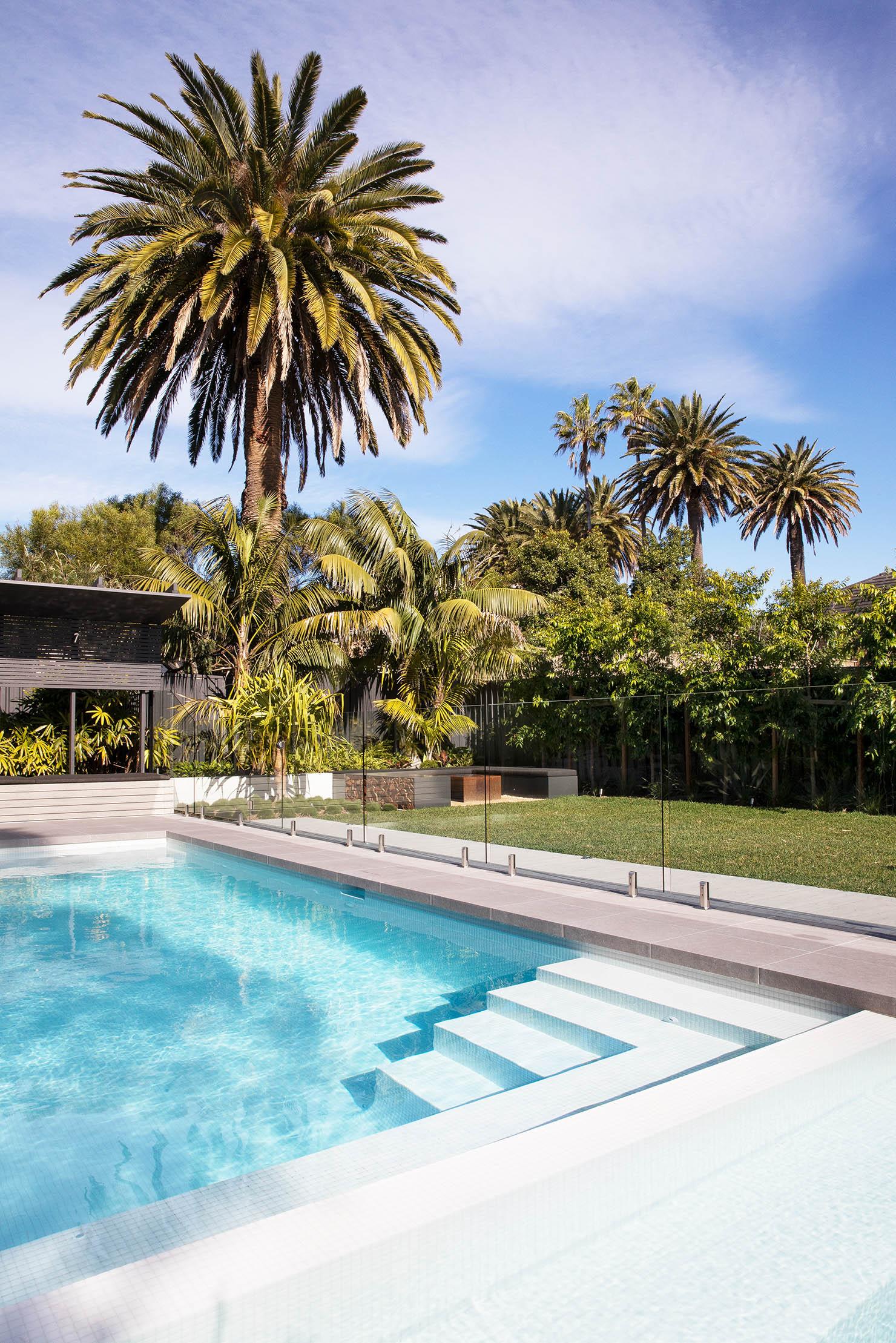 Blog hero-article-images themed-garden-part-2-tropical-gardens