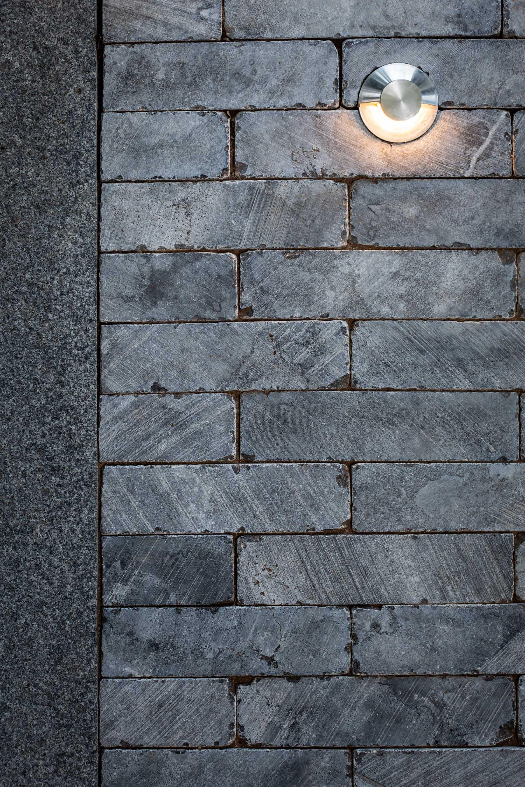 Cobblestones Gallery jymina-bluestone-uniform-loose-cobblestones-01