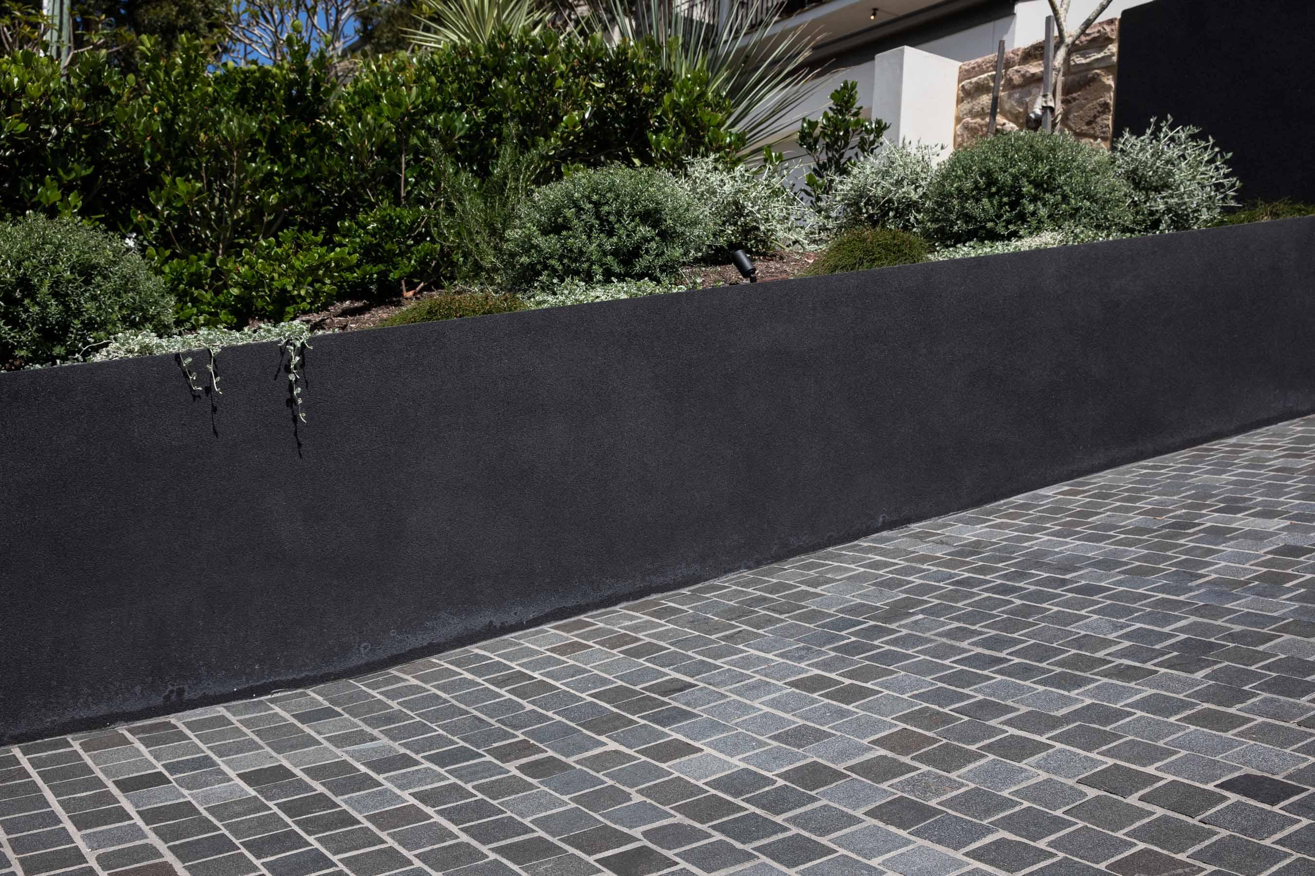 Cobblestones Gallery sable-granite-cobblestones-on-mesh-01
