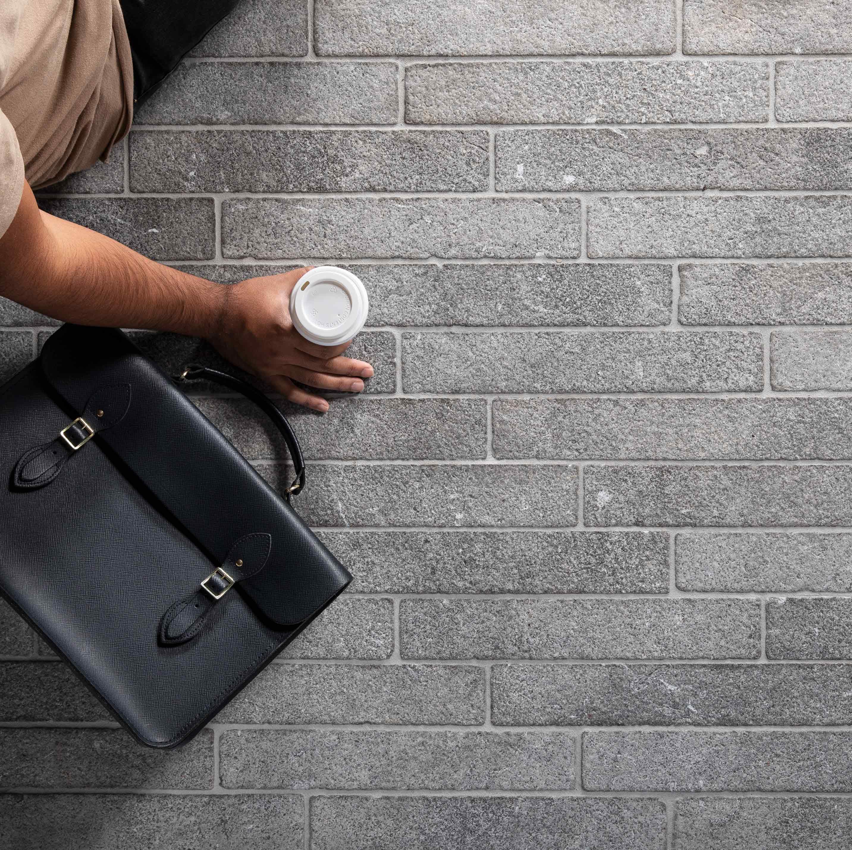 Cobblestones Hero platina-limestone-uniform-loose-cobblestones