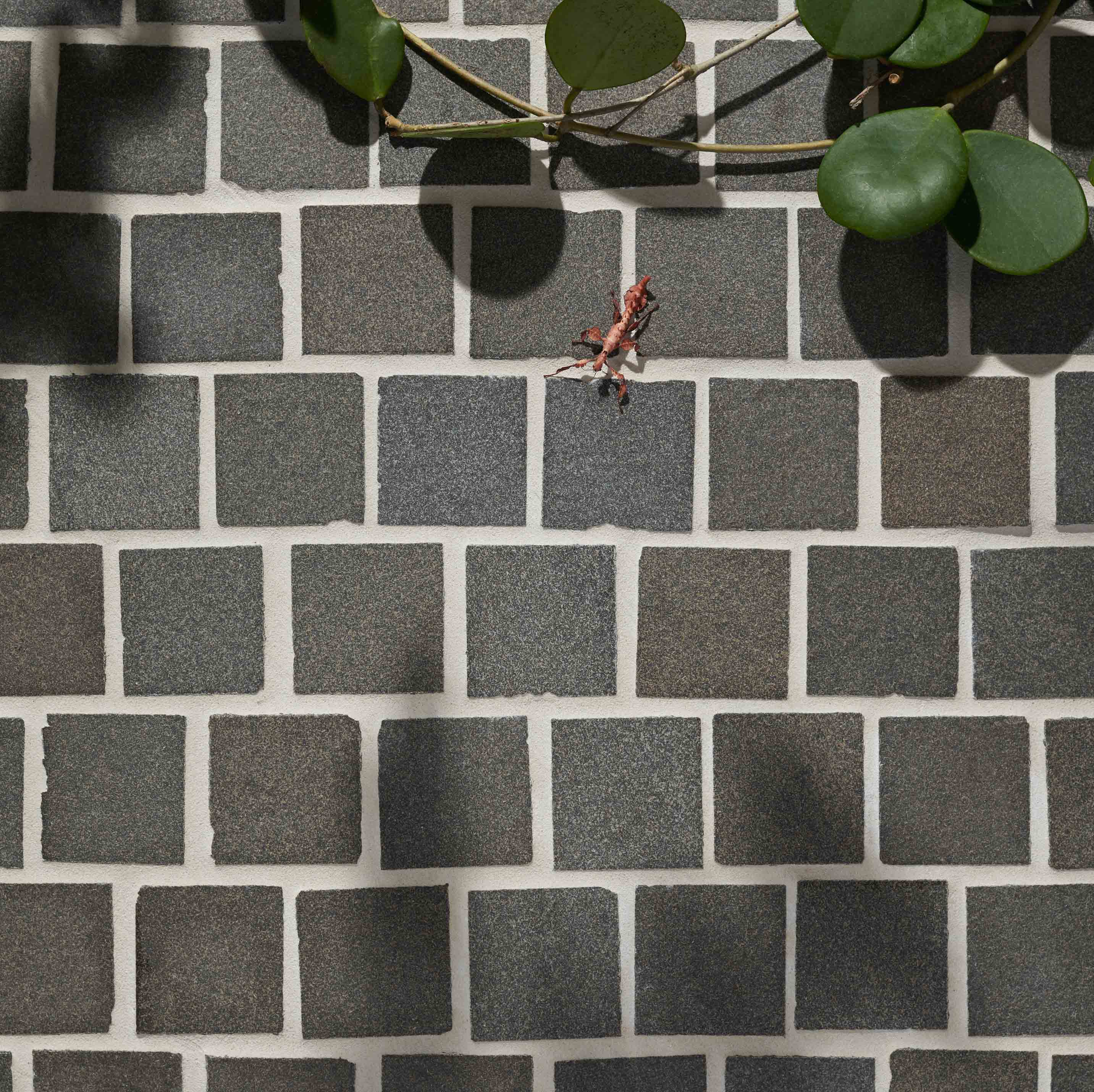 Cobblestones Hero sable-granite-cobblestones-on-mesh