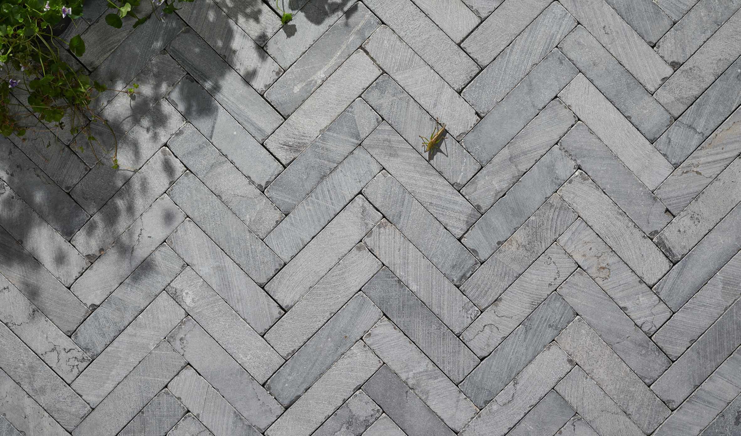 Cobblestones Thumbnails cobblestones-05