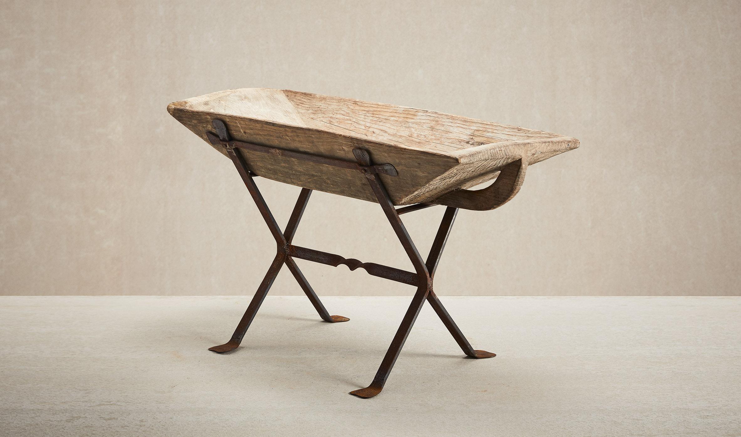 Decor Antique Thumbnails Wooden-trough-Thumbnail-600