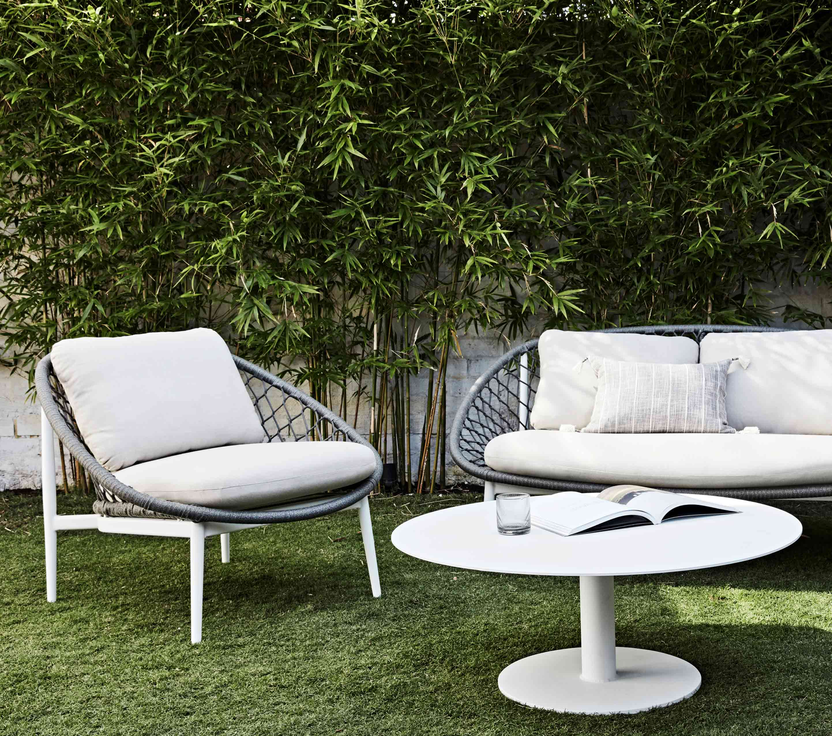 Furniture Category-page-image outdoor-coffee-side-tables-and-trolleys-content1