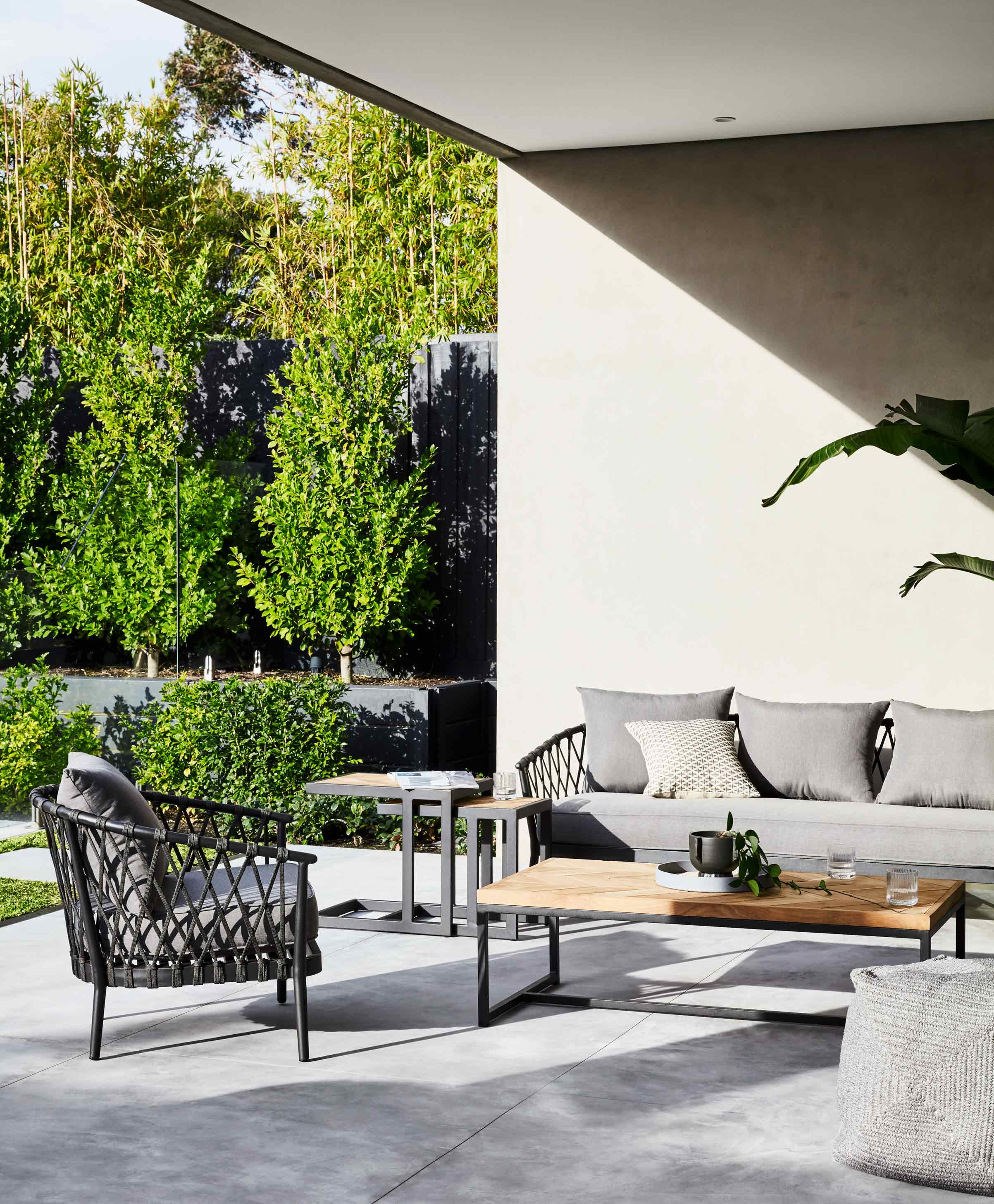 Furniture Hero-Images Occasional-Chairs outdoor-sofas-content
