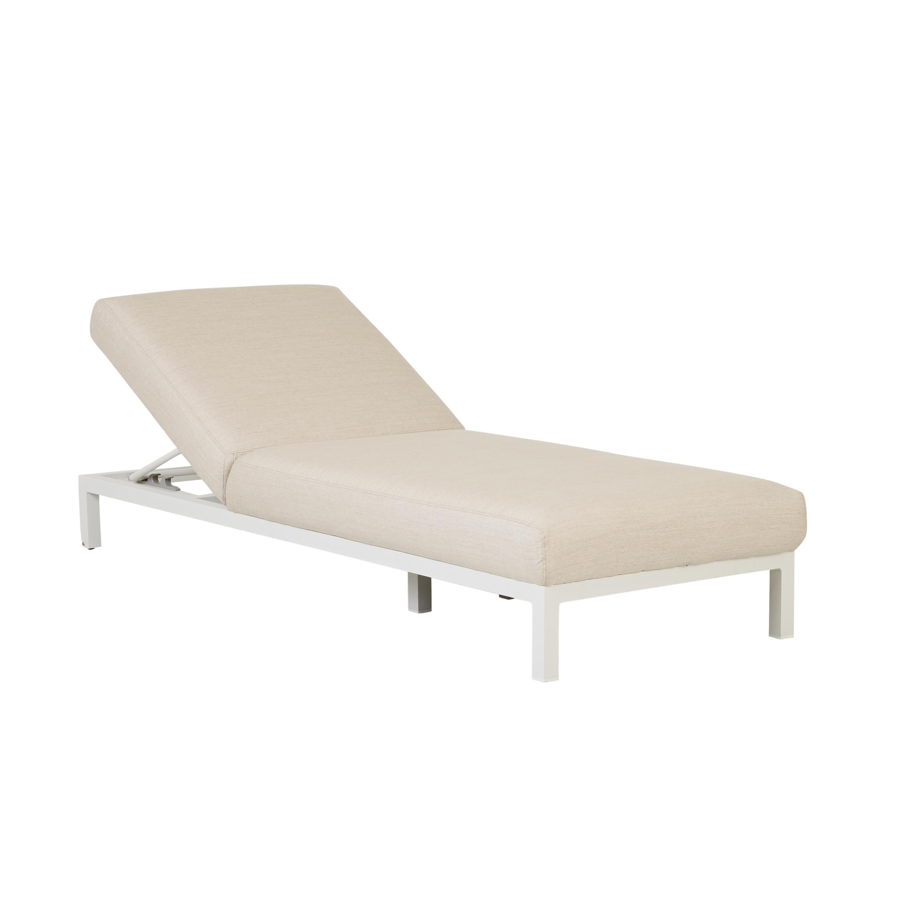 Furniture Hero-Images Sunbeds-and-Daybeds aruba-rounded-sunbed-03