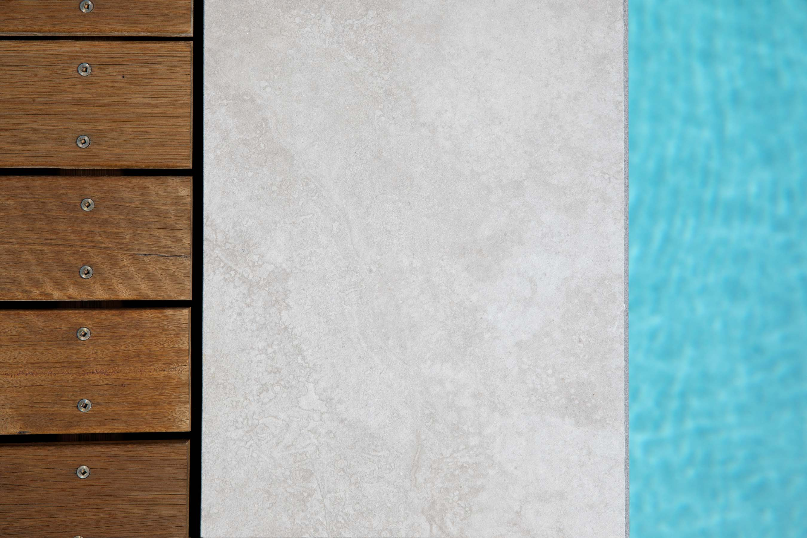 Porcelain-Pavers-Outdoor-20 Gallery silver-travertine-02