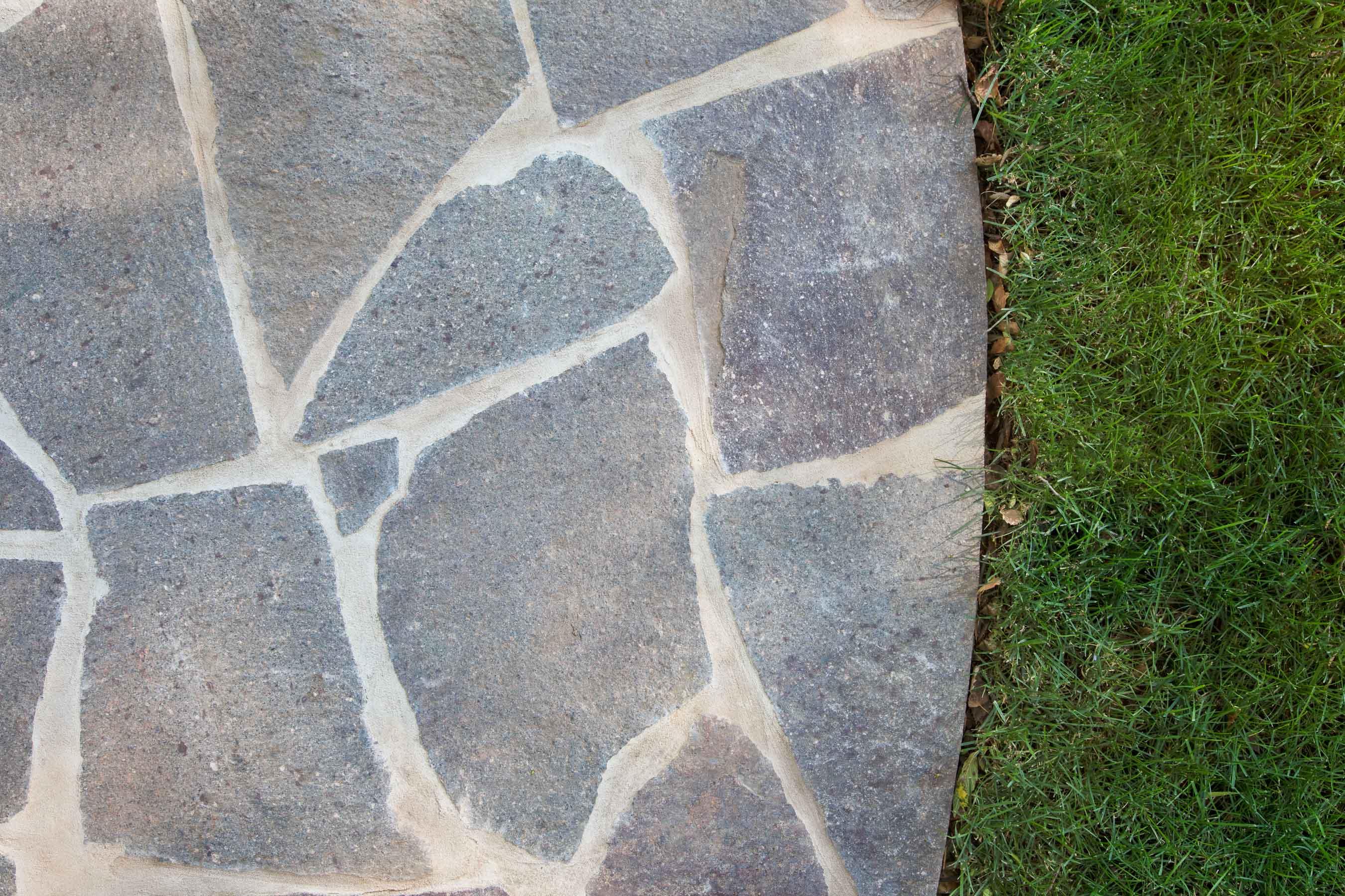 Stone-Crazy-Paving Gallery porphyry-crazy-paving-02
