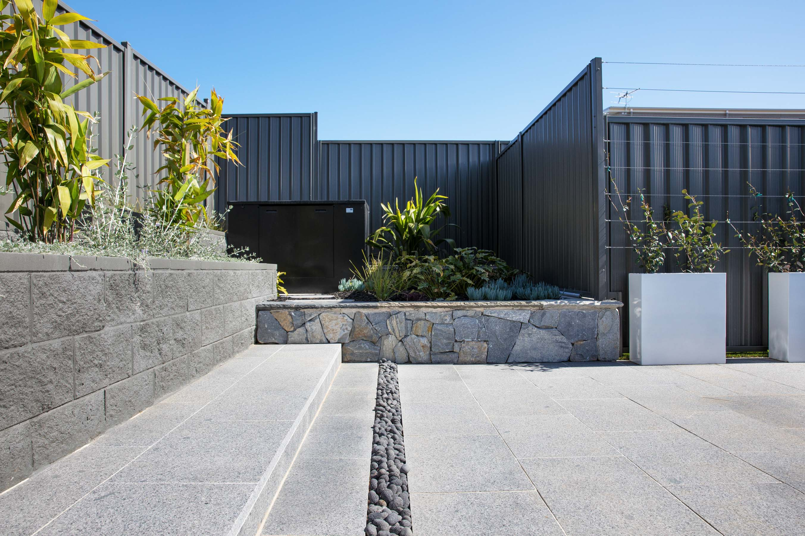 Stone-Pavers-and-Tiles-Outdoor Gallery carrick-01