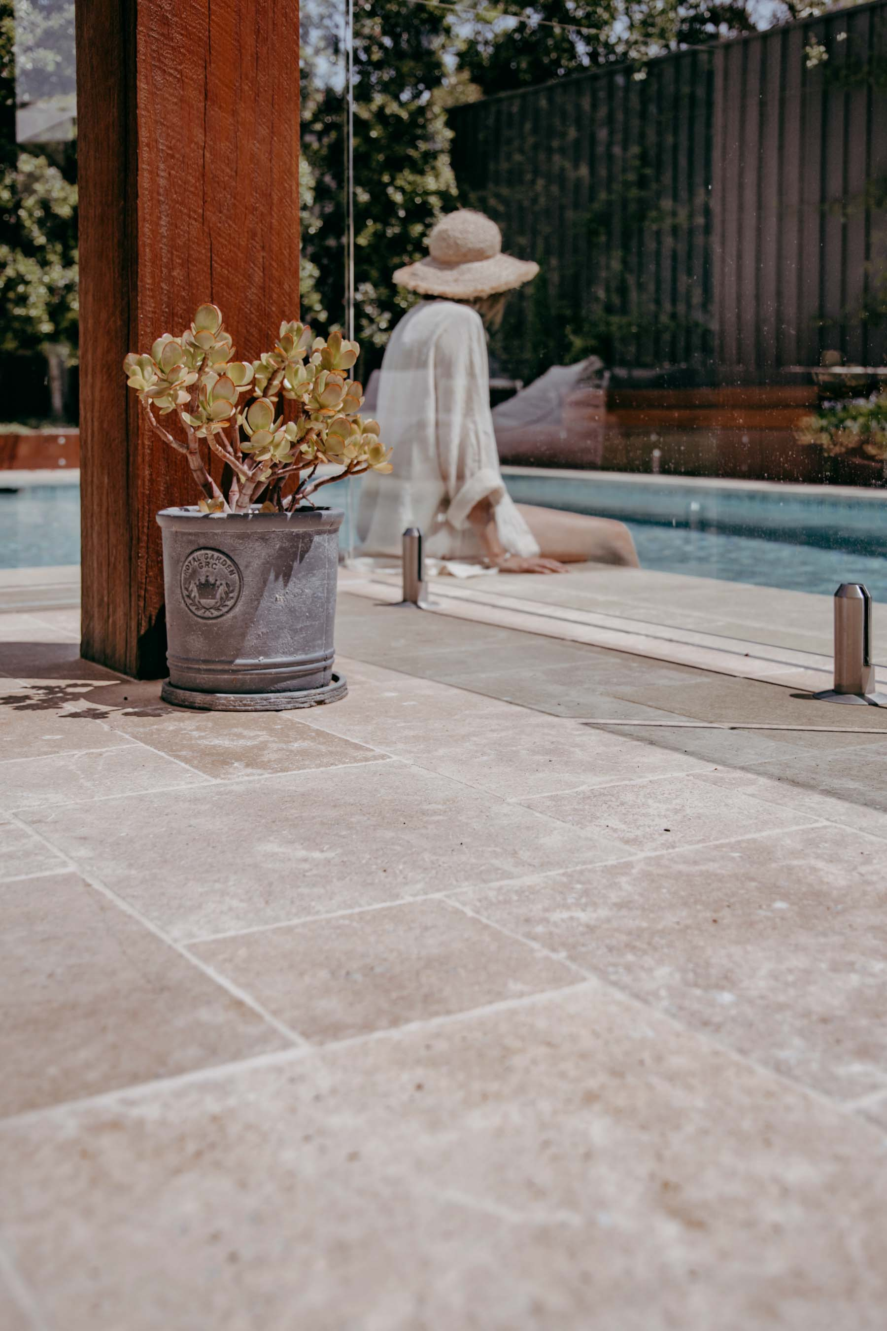 Stone-Pavers-and-Tiles-Outdoor Gallery kahvi-05
