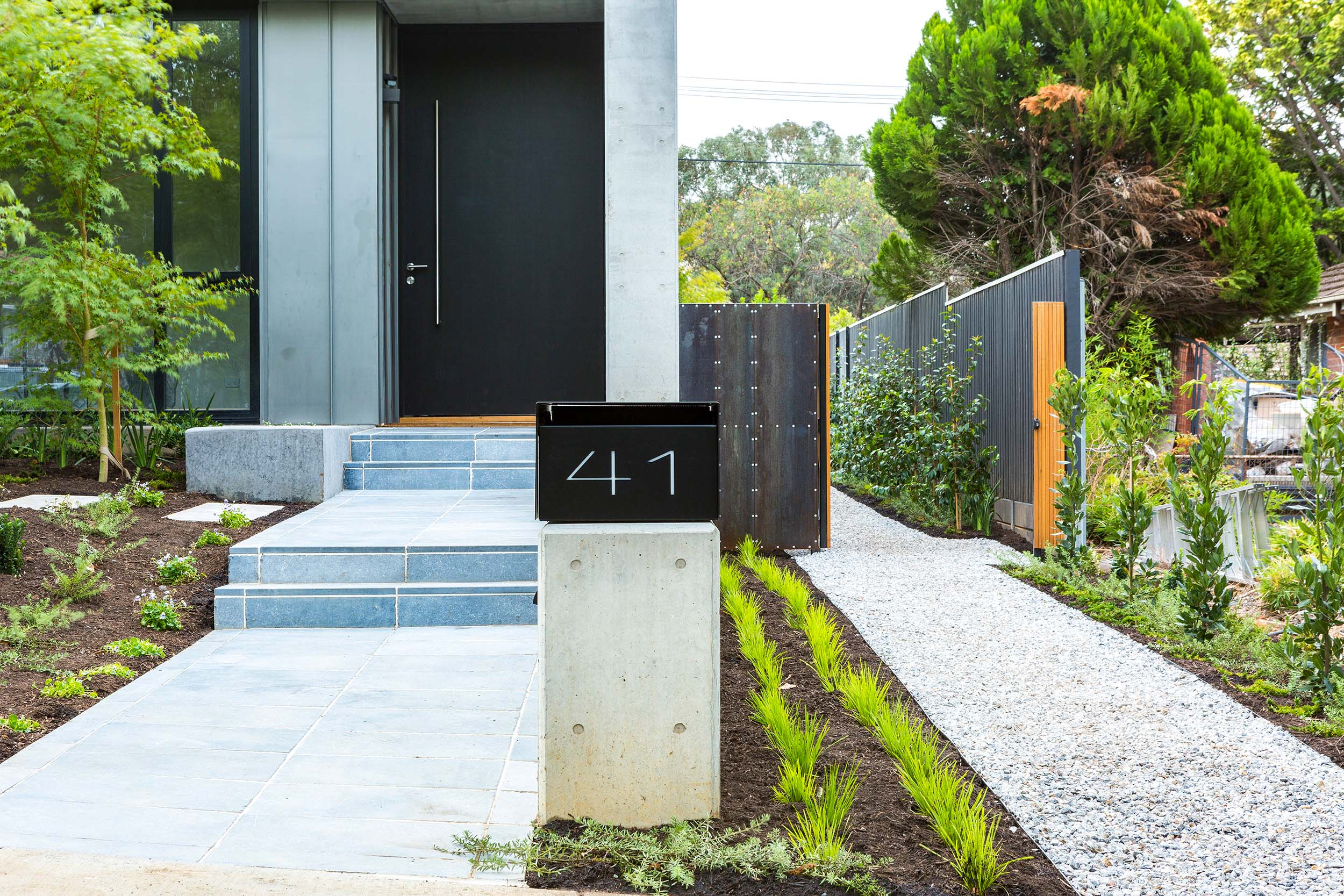 Stone-Pavers-and-Tiles-Outdoor Gallery pantera-02