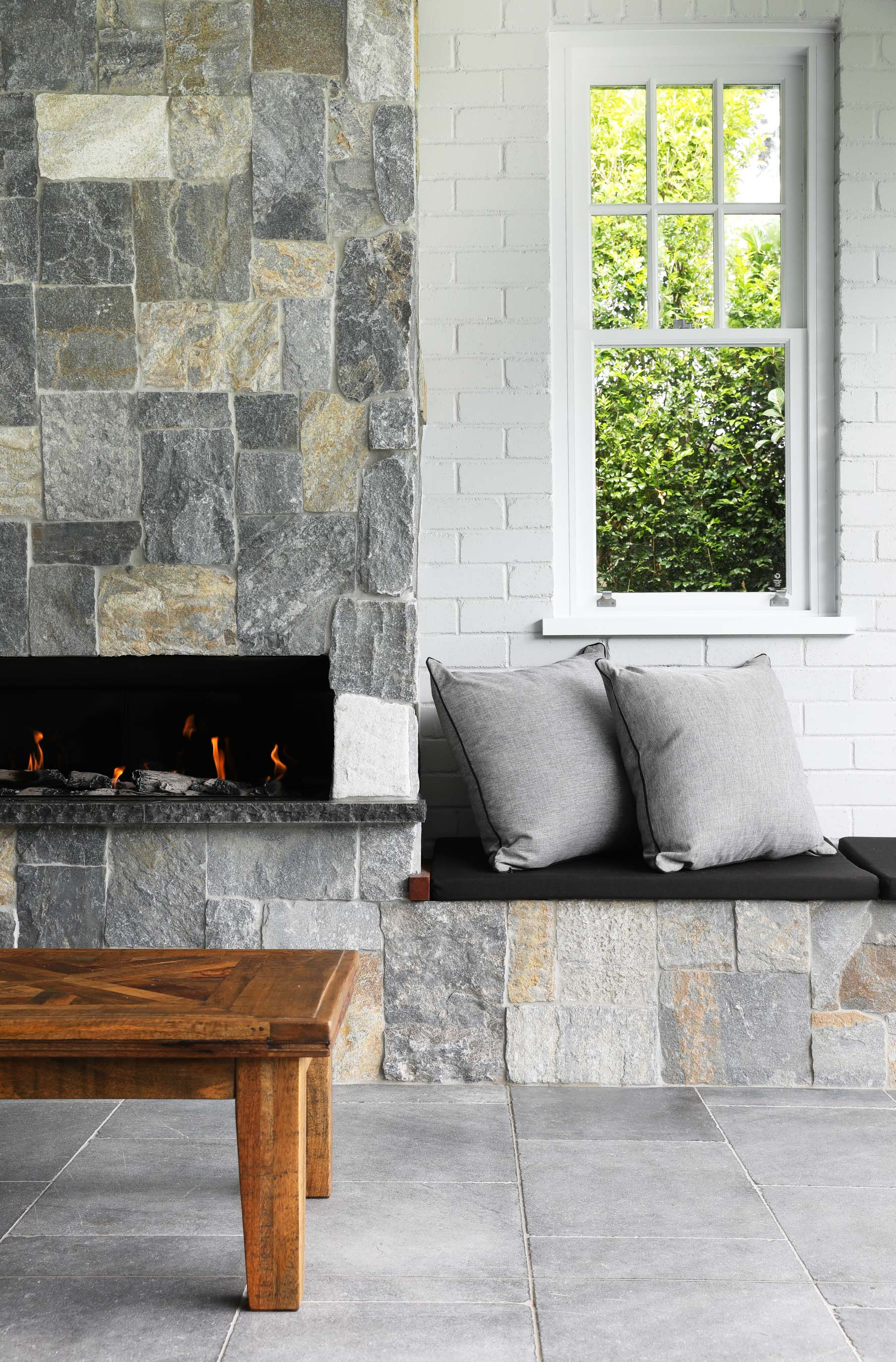 Stone-Pavers-and-Tiles-Outdoor Gallery pantera-05