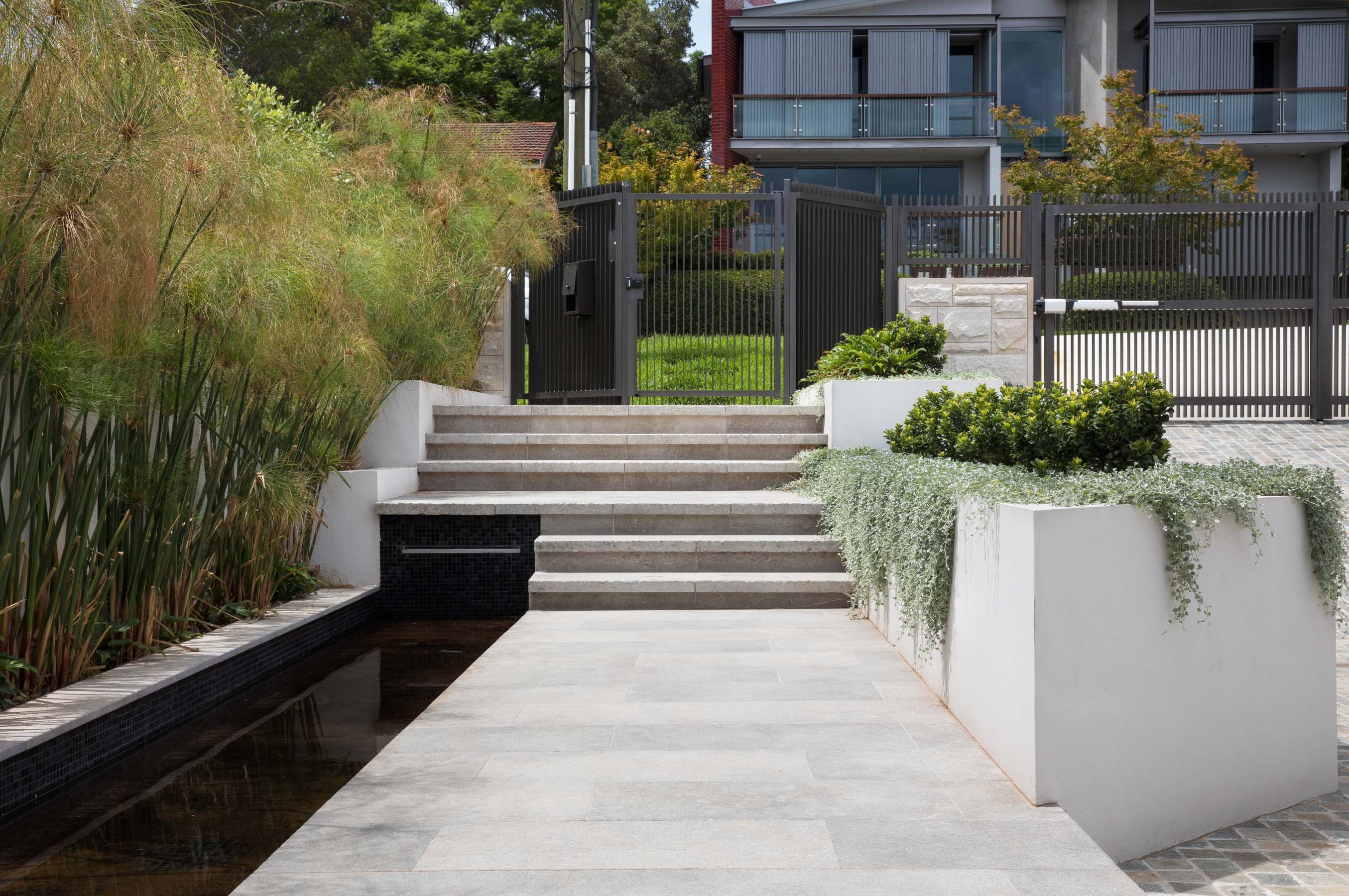 Stone-Pavers-and-Tiles-Outdoor Gallery platina-02