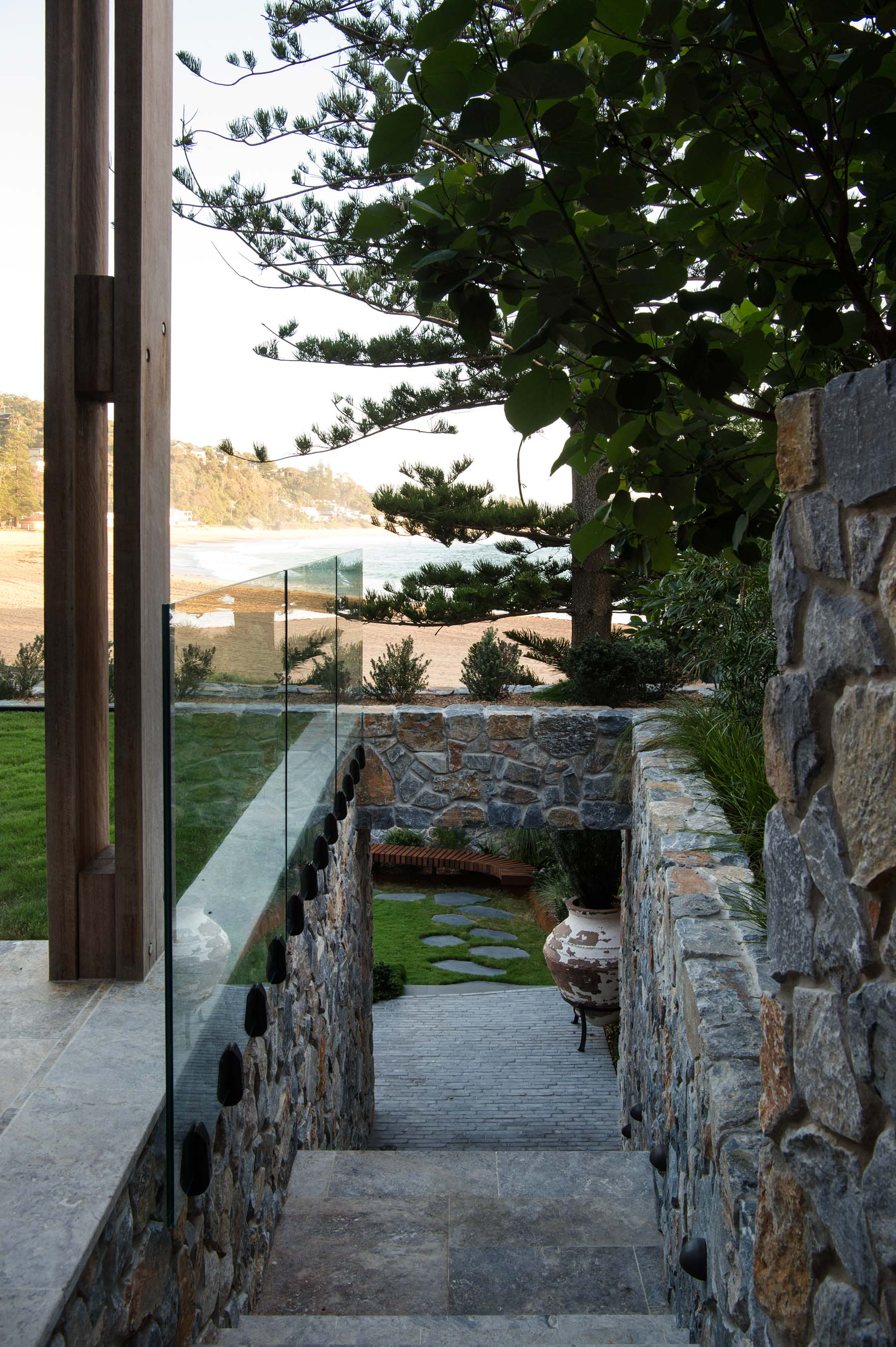 Stone-Pavers-and-Tiles-Outdoor Gallery premium-silver-04
