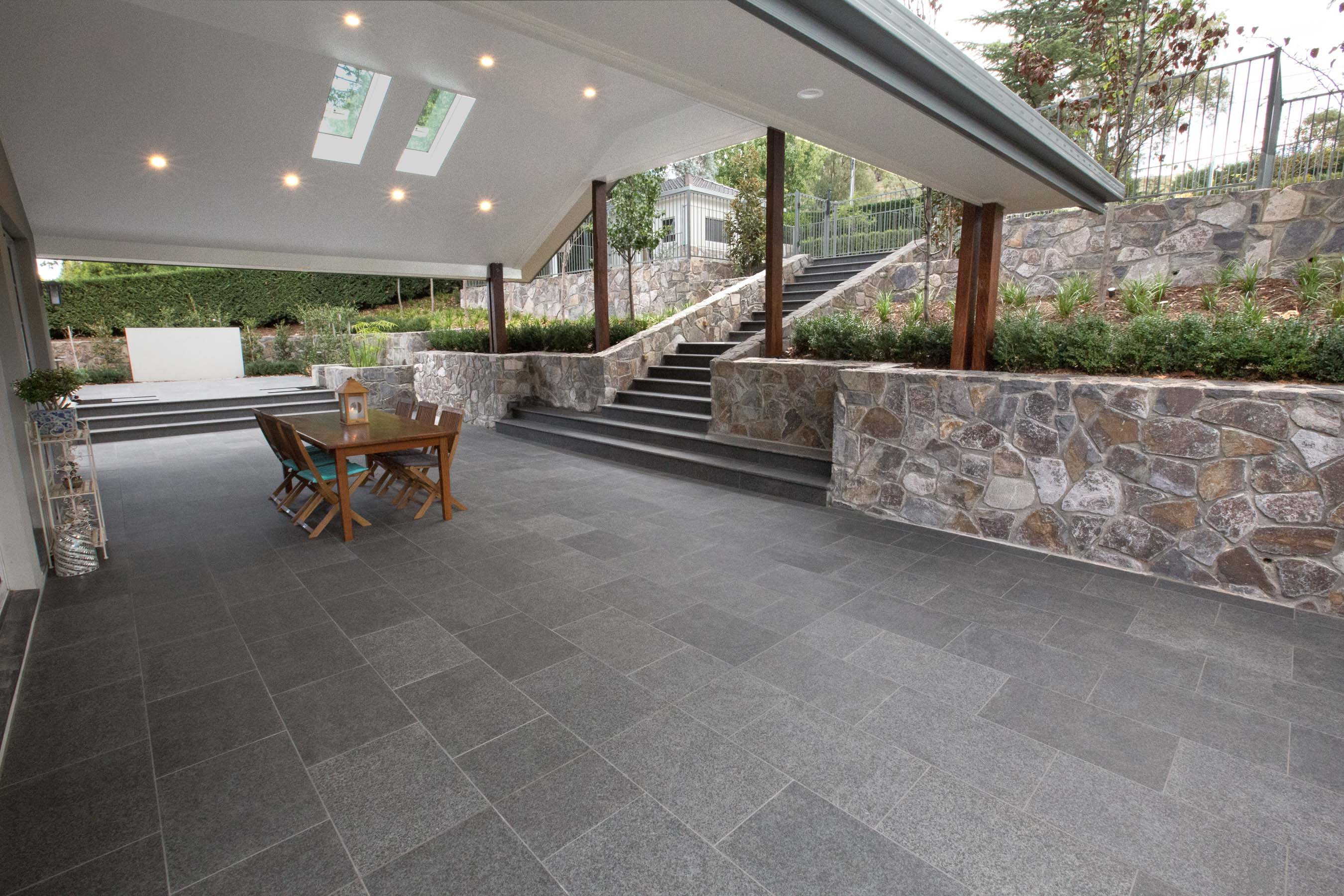 Stone-Pavers-and-Tiles-Outdoor Gallery raven-02