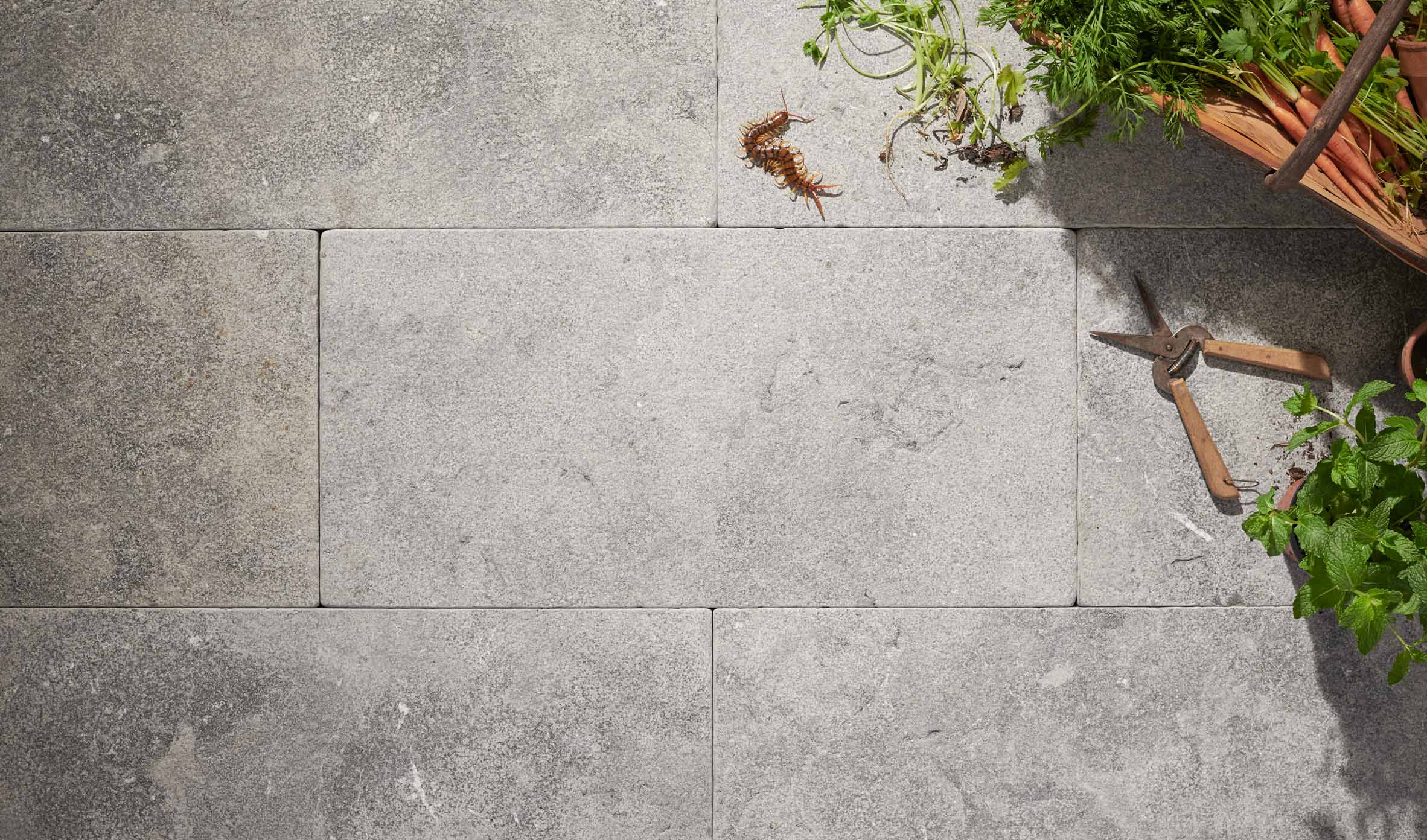 Stone-Pavers-and-Tiles-Outdoor Thumbnail stone-pavers-and-tiles-outdoor-thumbnail-17