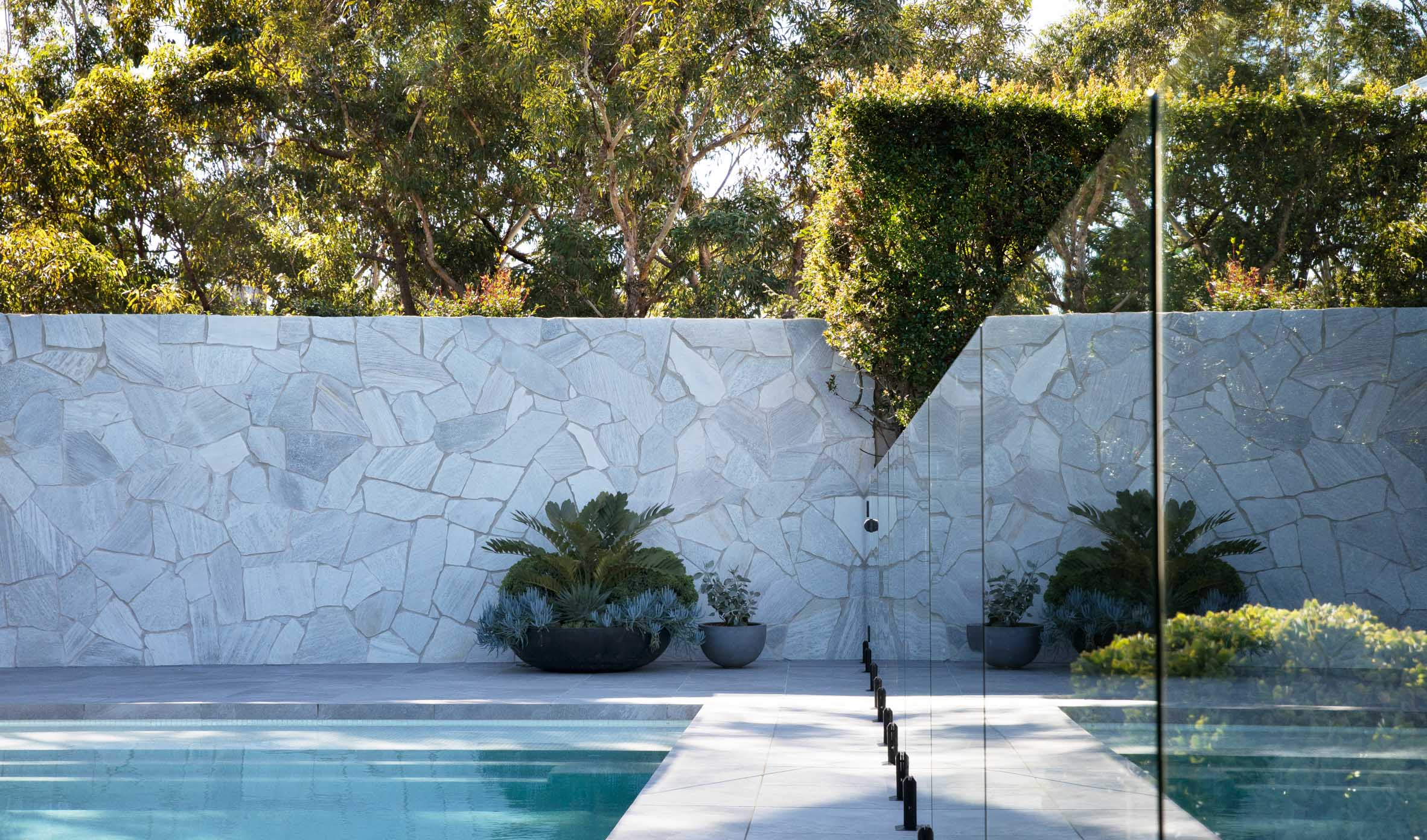 Wall-Cladding-and-Stacked-Stones Thumbnails wall-cladding-and-stacked-stones-05