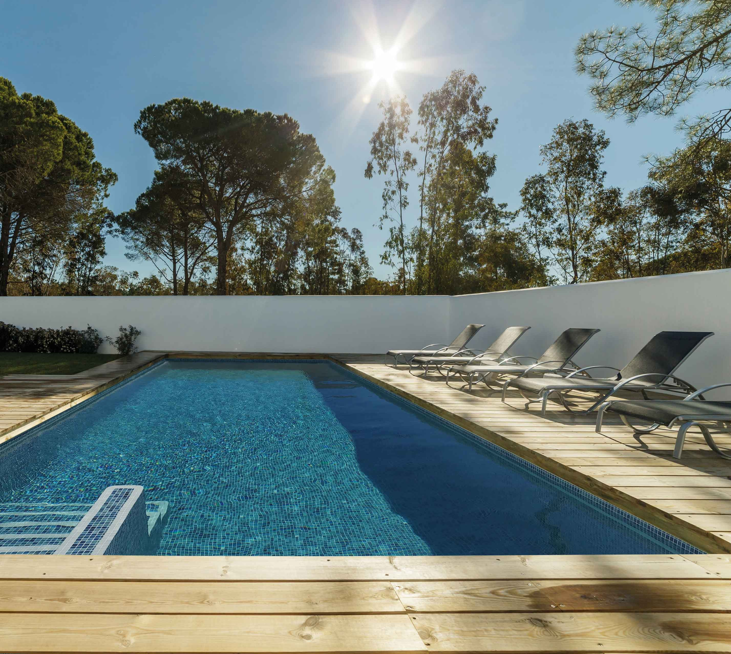Products-Pool pool-tiles-from-the-sea-range