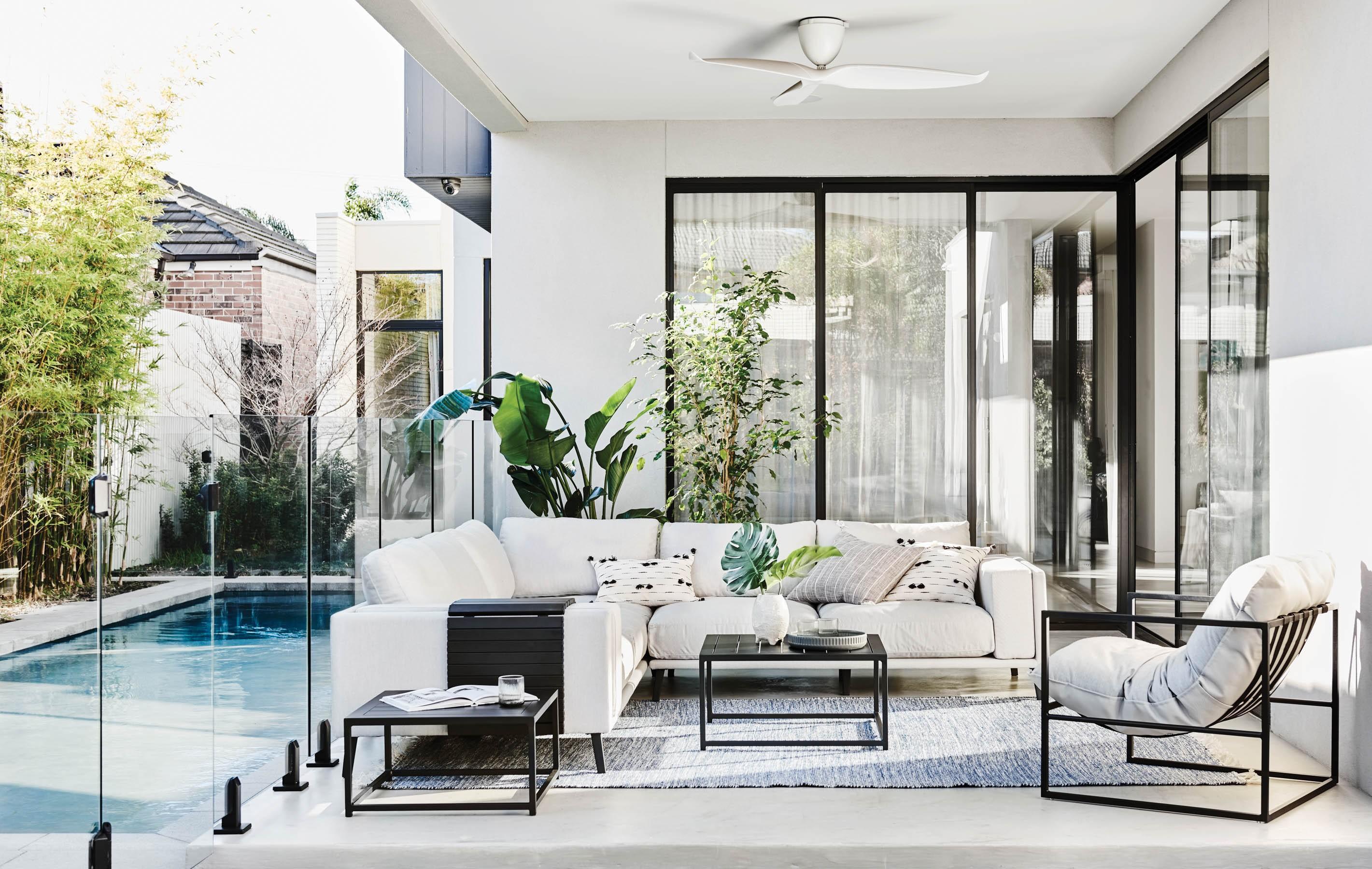 Furniture Gallery Sofas aruba-platform-chaise-02