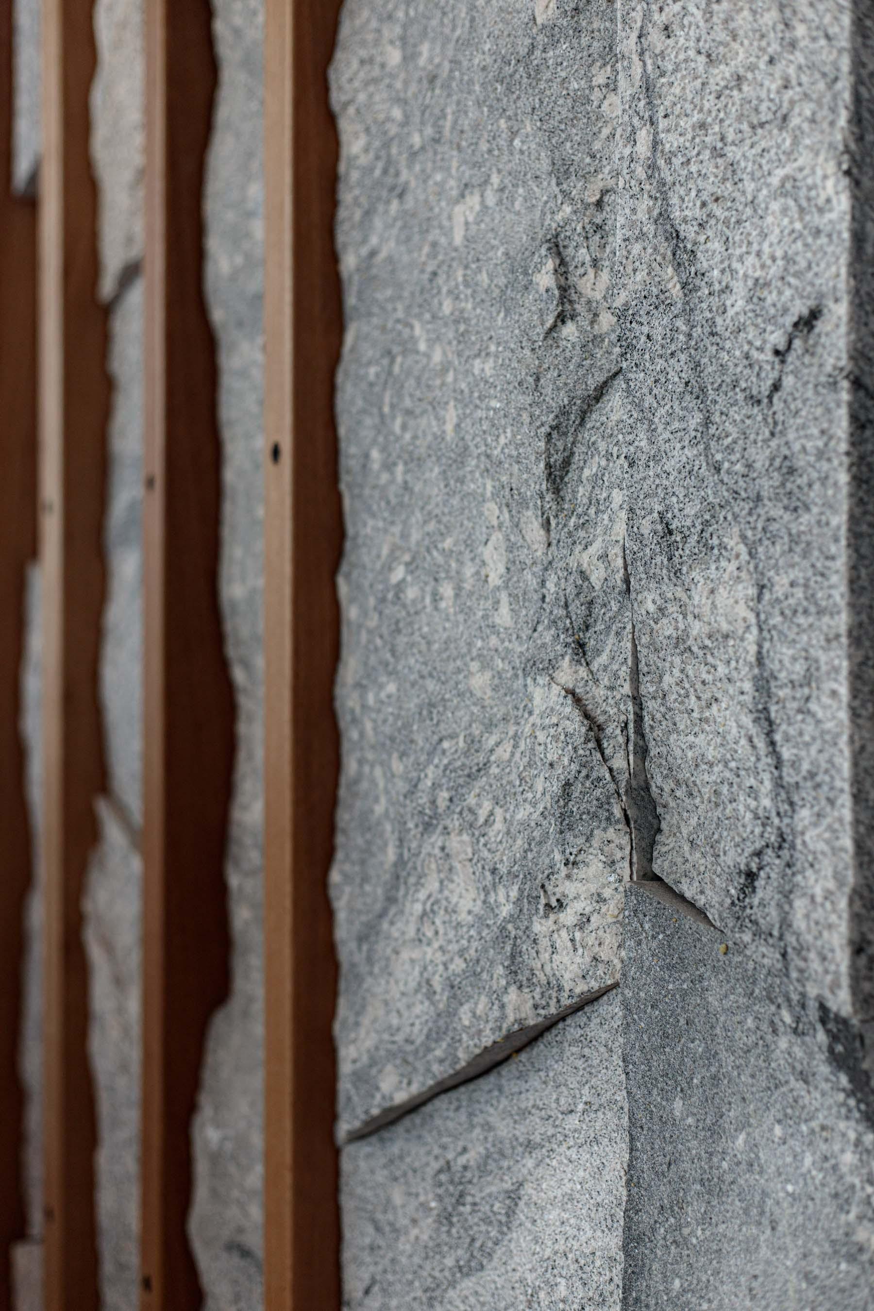 Wall-Cladding-and-Stacked-Stones Gallery priekestolen-04