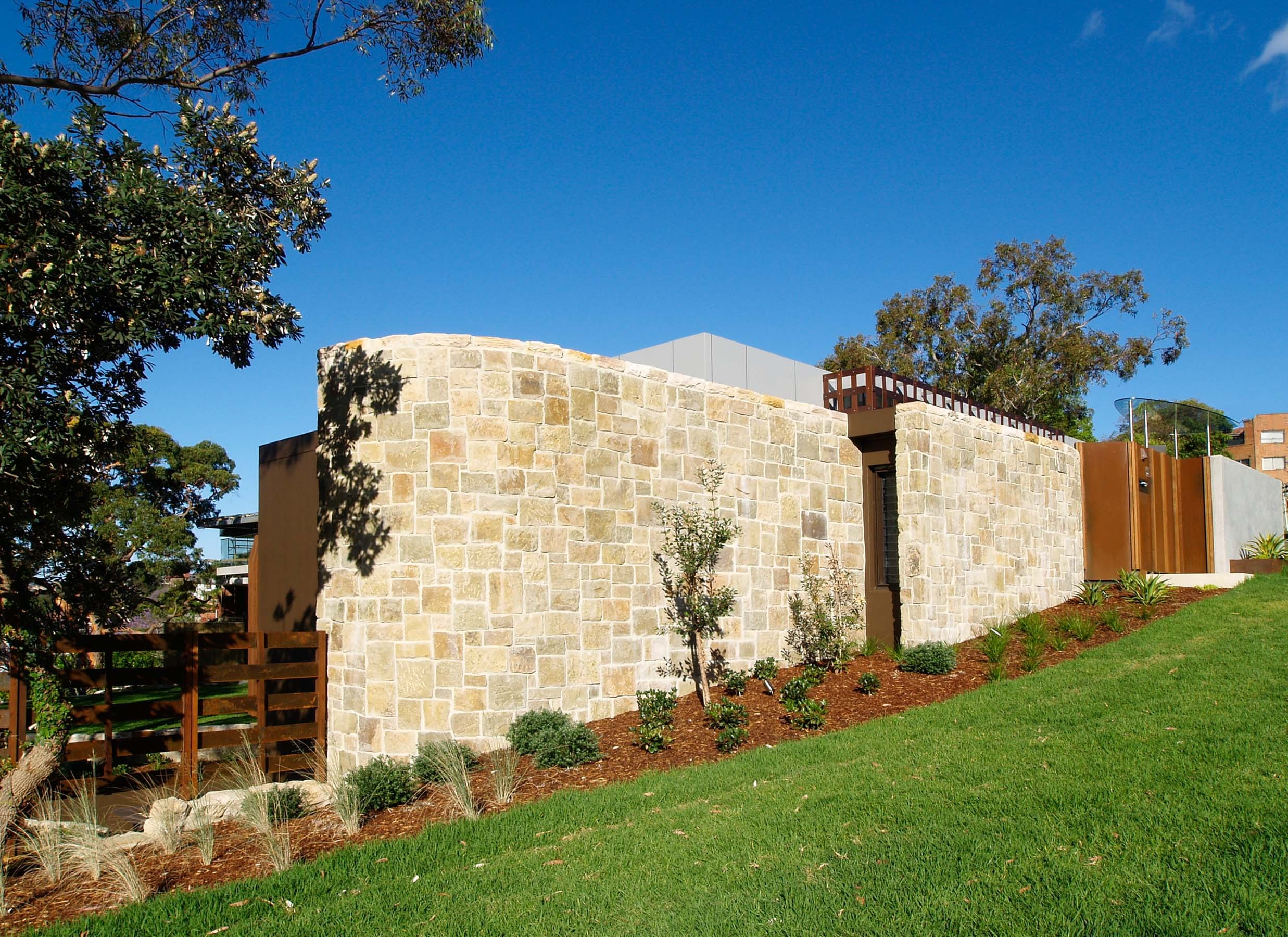 Wall-Cladding-and-Stacked-Stones Gallery grange-01