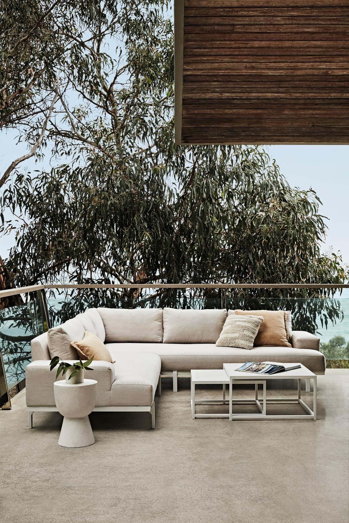Furniture Gallery Sofas aruba-platform-chaise-01
