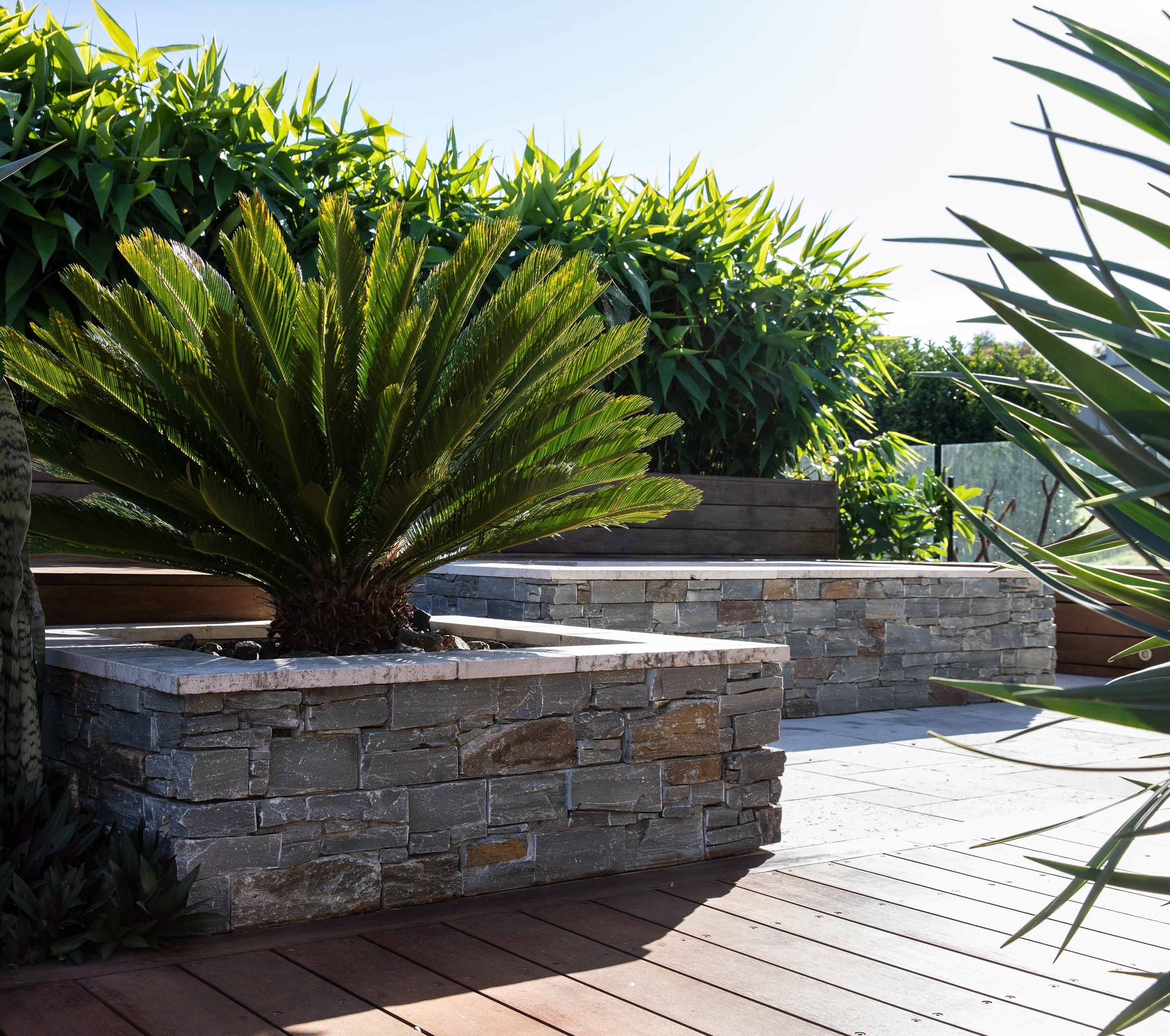 Wall-Cladding-and-Stacked-Stones Hero Rustic-Grey1