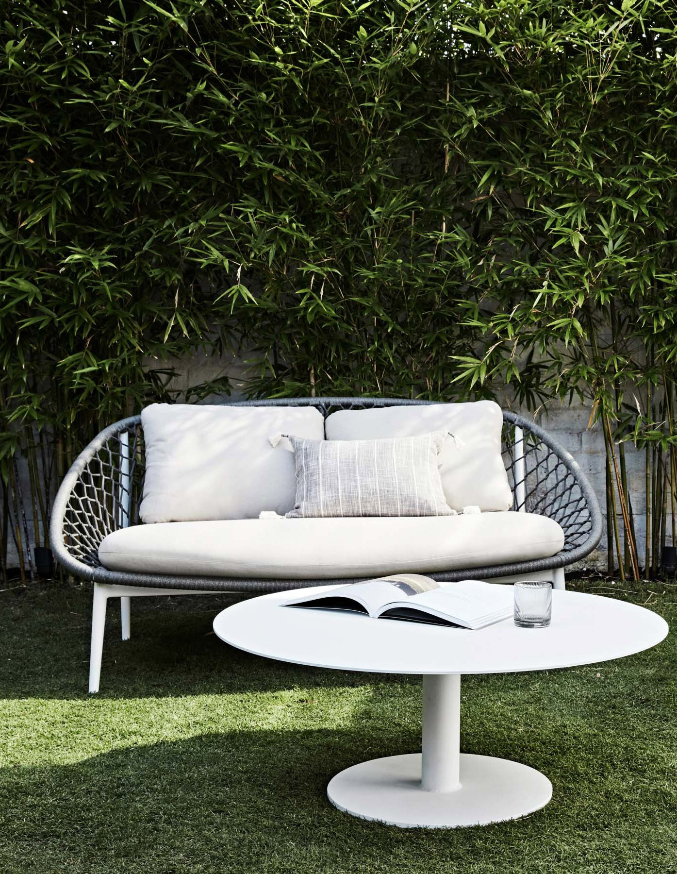 Furniture Gallery Coffee-Side-Tables-and-Trolleys aperto-ali-round-coffee-table-02