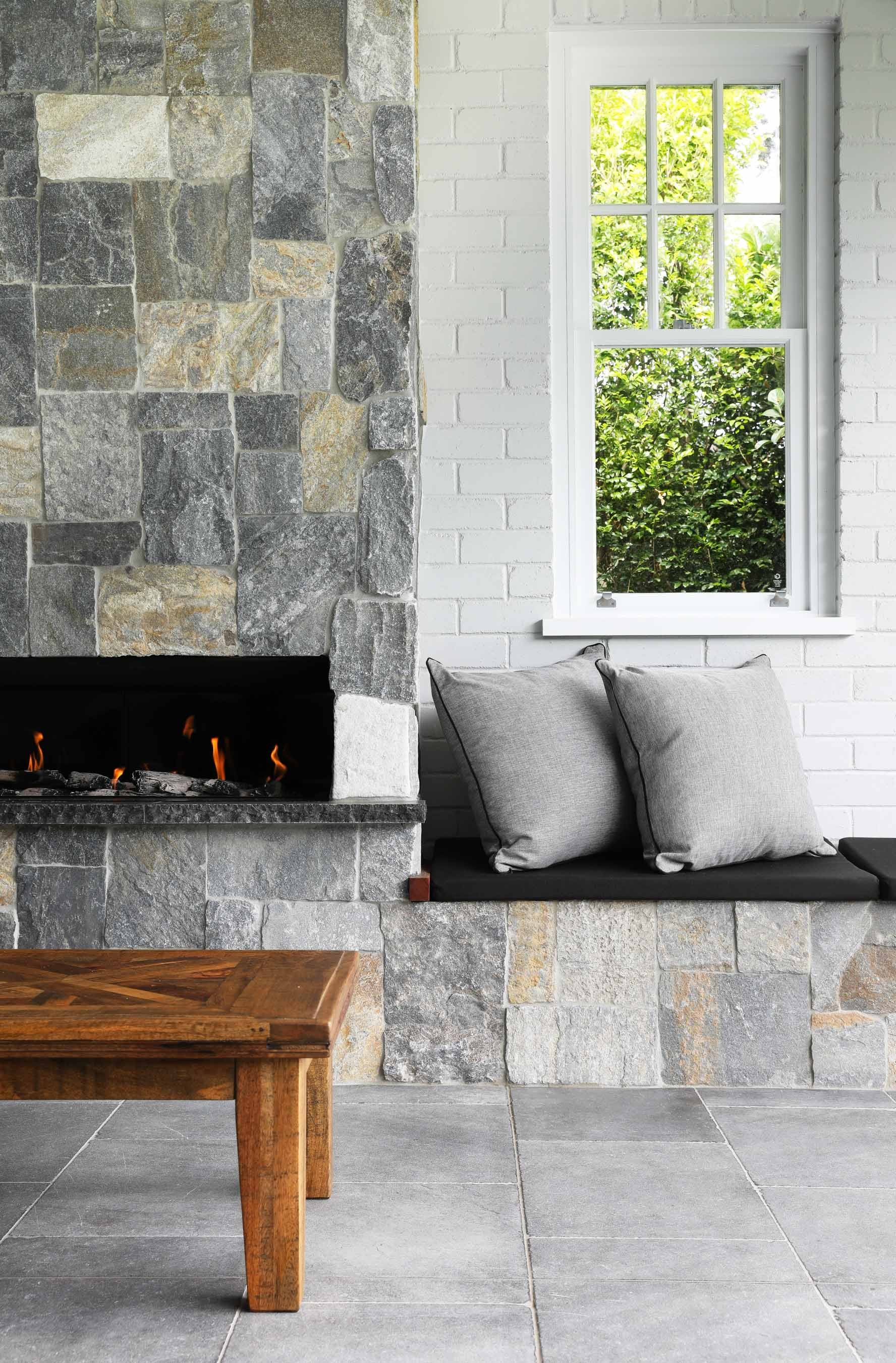 Wall-Cladding-and-Stacked-Stones Gallery summit-03