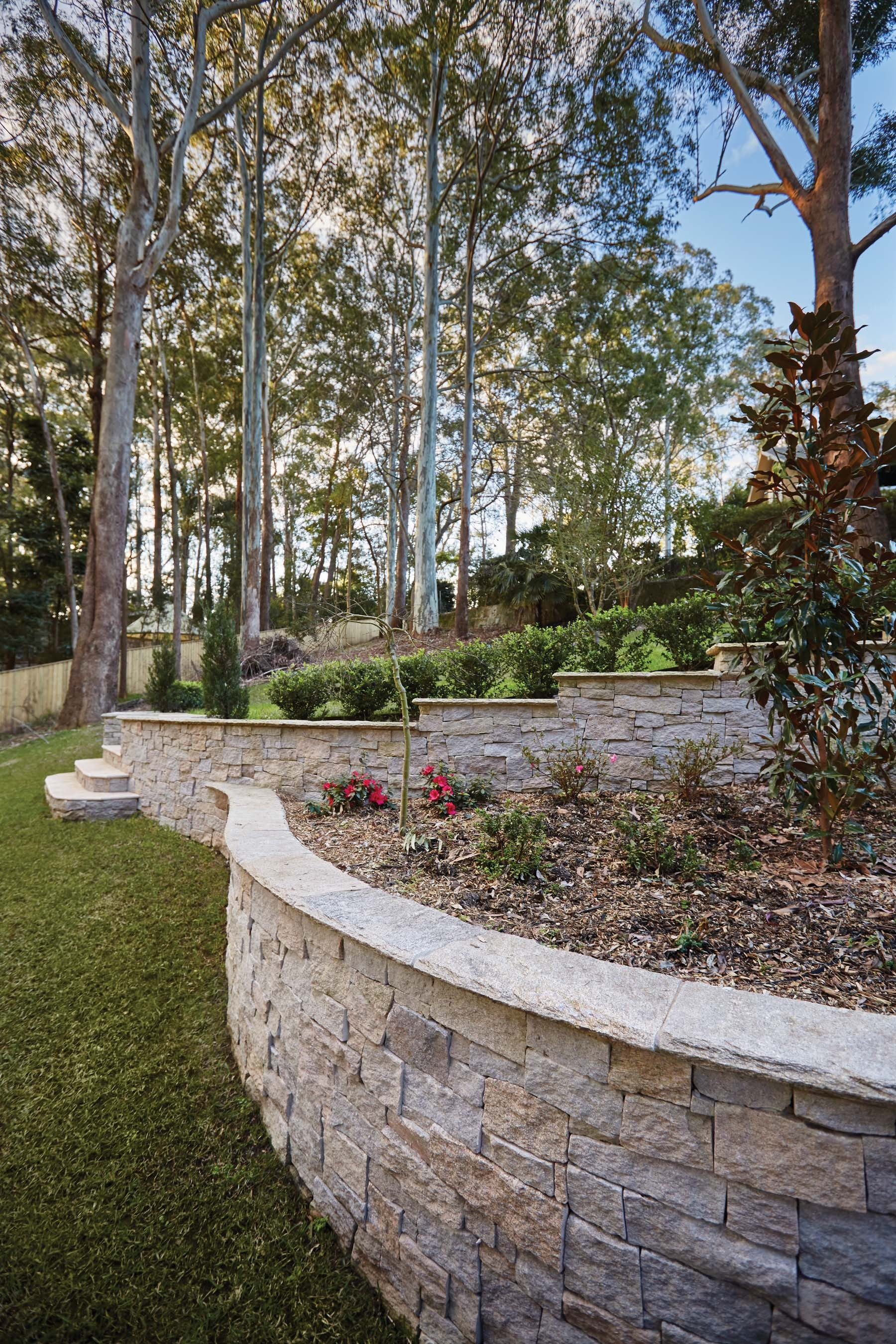 Wall-Cladding-and-Stacked-Stones Gallery estate-02