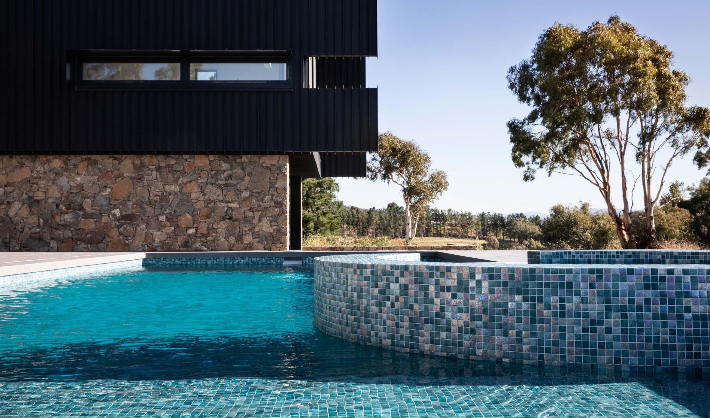 Pool-Tiles Thumbnails pool-tiles-18