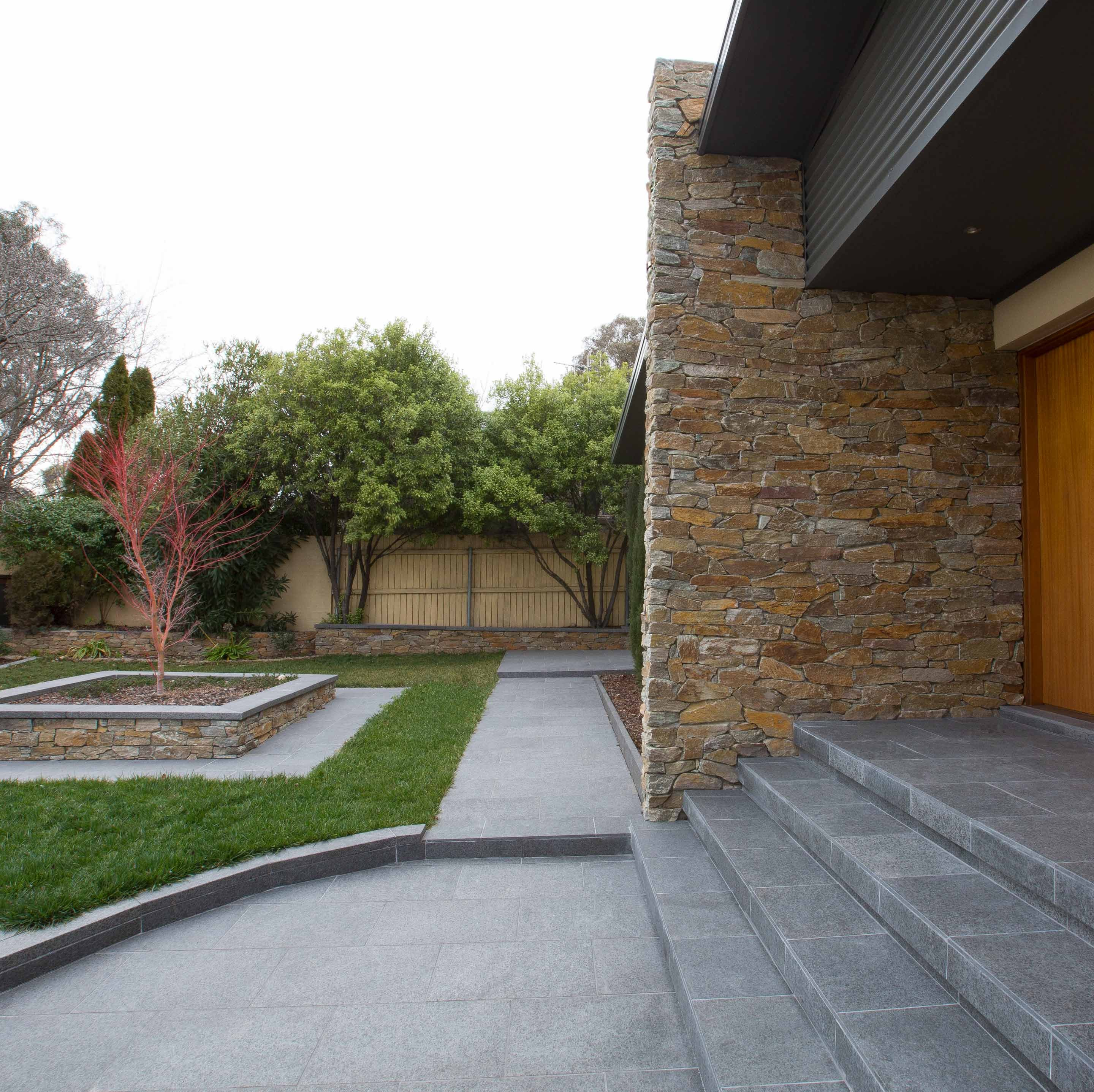 Wall-Cladding-and-Stacked-Stones Hero Cottage