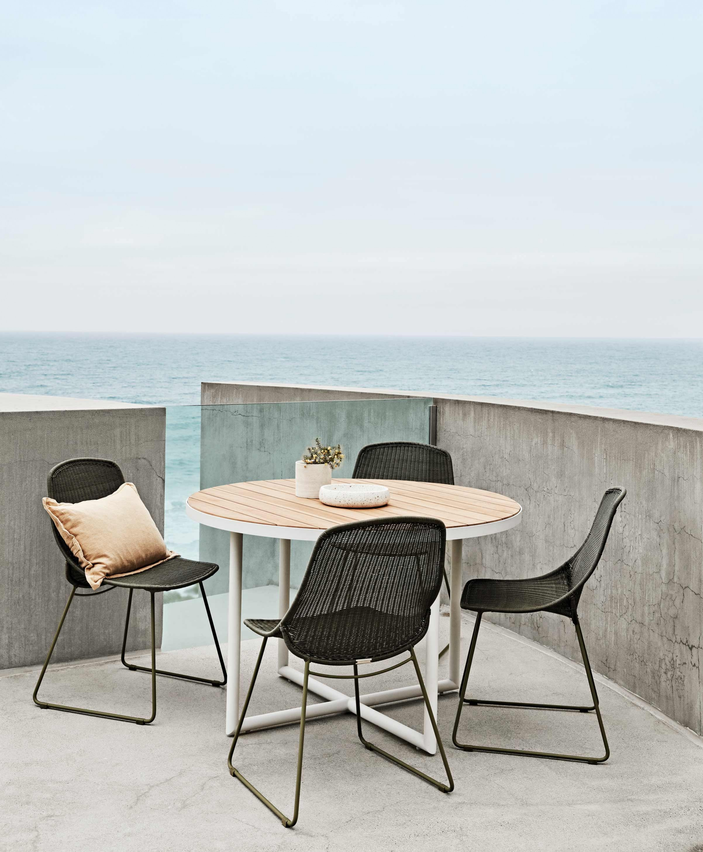 Furniture Hero-Images Occasional-Chairs outdoor-dining-chairs-benches-and-stools-content