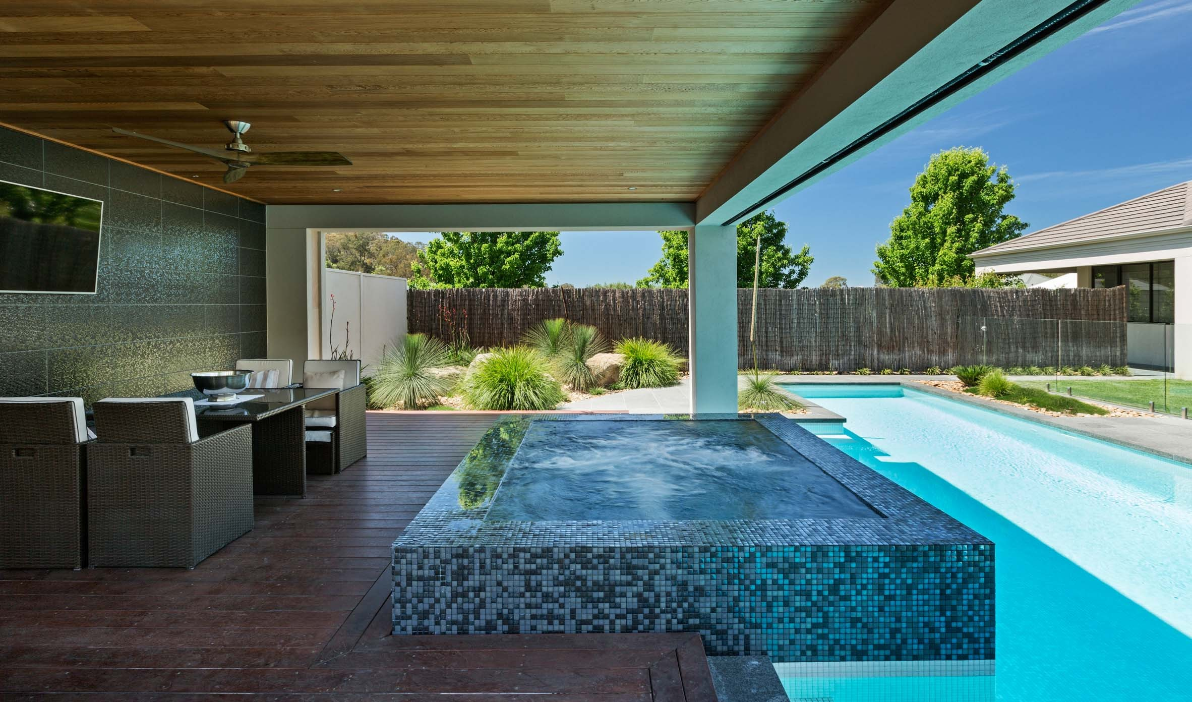 Pool-Tiles Thumbnails pool-tiles-28