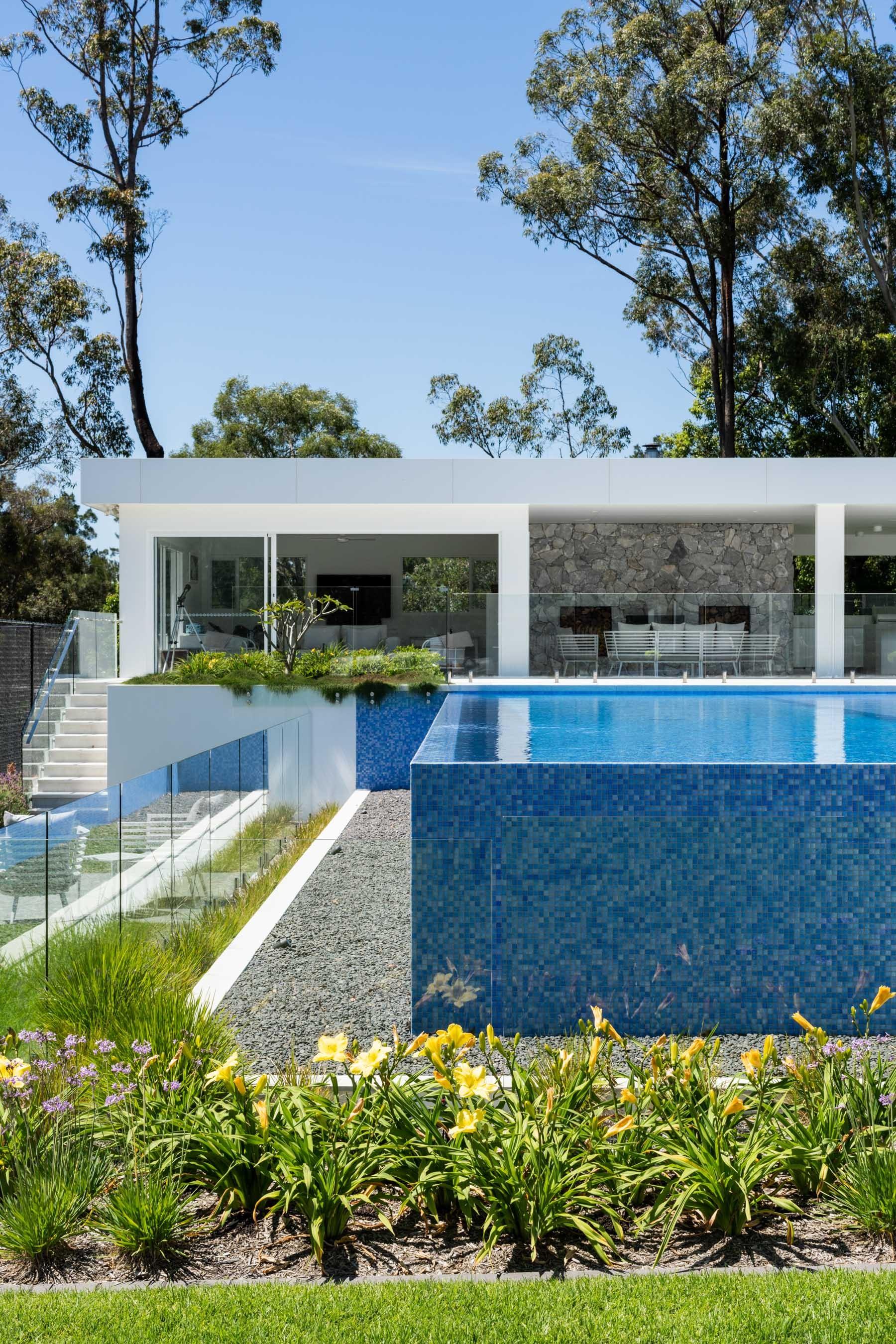 Pool-Tiles Gallery Australian orpheus-01