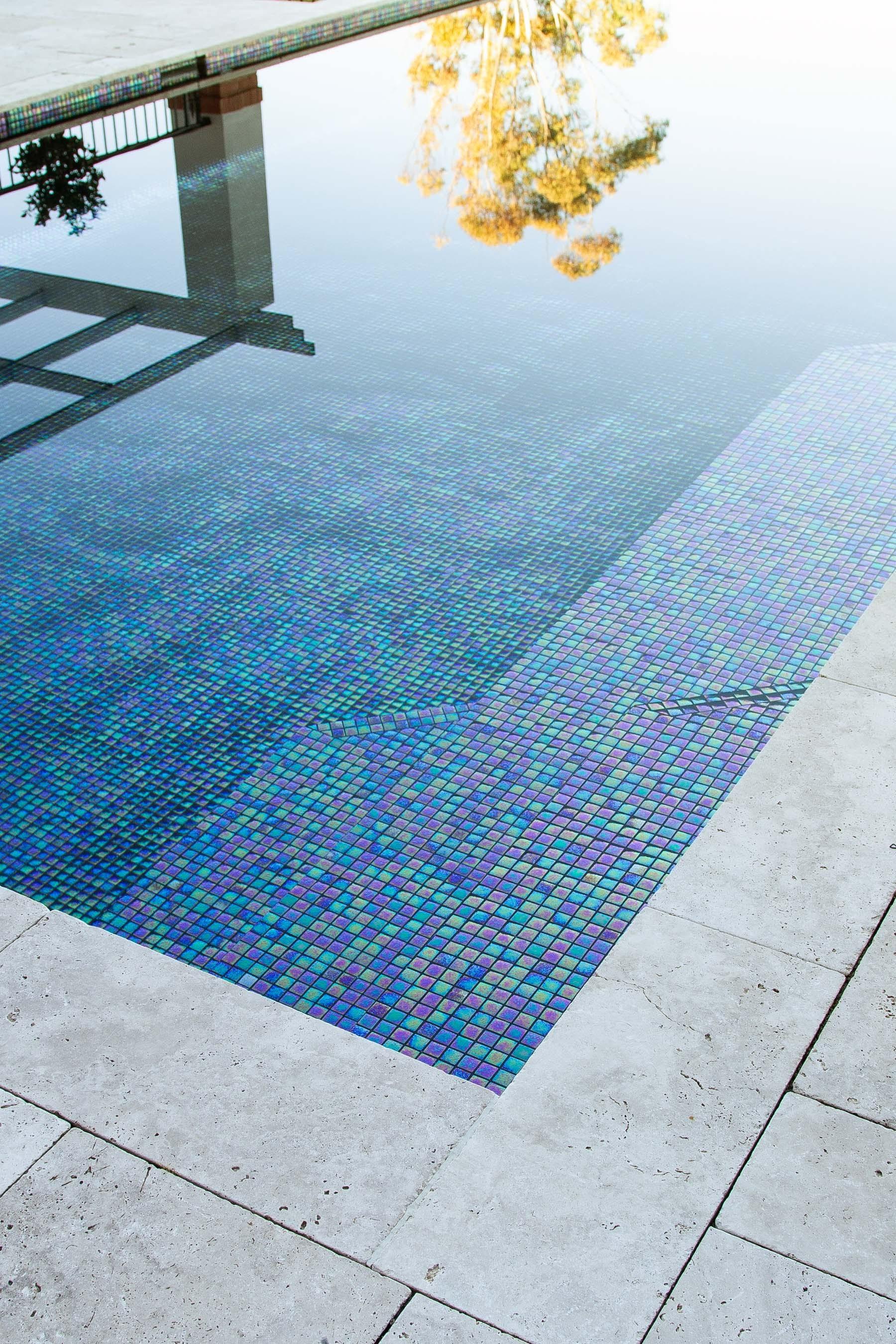 Pool-Tiles Gallery Luxe black-pearl-03
